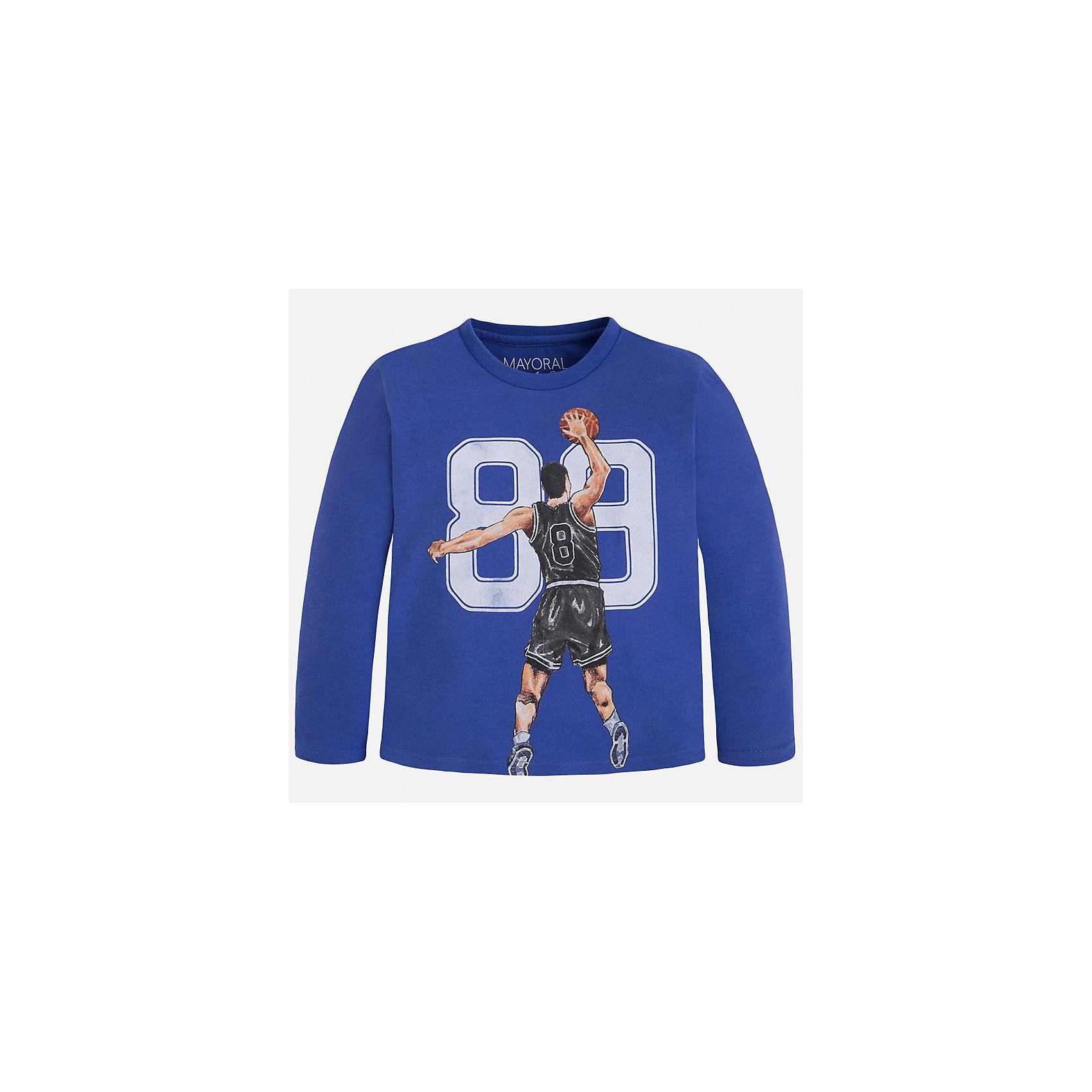 Футболка с длинным рукавом для мальчика MayoralХлопковая футболка с длинными рукавами - это  базовая вещь в любом гардеробе. Благодаря длинным рукавам и легкому составу, ее можно носить в любое время года, а яркий орнамент, подчеркнет индивидуальный стиль Вашего ребенка!<br><br>Дополнительная информация:<br><br>- Крой: прямой крой.<br>- Страна бренда: Испания.<br>- Состав: хлопок 100%.<br>- Цвет: синий.<br>- Уход: бережная стирка при 30 градусах.<br><br>Купить футболку с длинным рукавом для мальчика, от  Mayoral, можно в нашем магазине.<br><br>Ширина мм: 230<br>Глубина мм: 40<br>Высота мм: 220<br>Вес г: 250<br>Цвет: синий<br>Возраст от месяцев: 72<br>Возраст до месяцев: 84<br>Пол: Мужской<br>Возраст: Детский<br>Размер: 122,110,134,104,116,98,128<br>SKU: 4821837