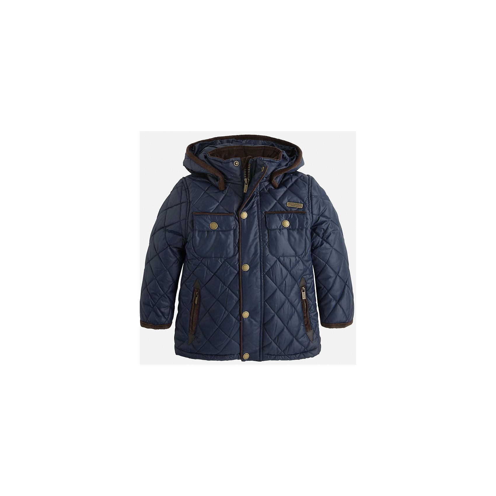 Куртка для мальчика MayoralСтильная, теплая осенняя куртка для юного джентльмена!<br>Порадуйте своего ребенка хорошим подарком!<br><br>Дополнительная информация:<br><br>- Крой: прямой крой, слегка расклешен к низу.<br>- Страна бренда: Испания.<br>- Состав: <br>Верхняя ткань: полиэстер 100%.<br>Подкладка: полиэстер 100%.<br>Наполнитель: полиэстер 100%.<br>- Цвет: темно-синий.<br>- Уход: бережная стирка при 30 градусах.<br><br>Купить куртку для мальчика Mayoral можно в нашем магазине.<br><br>Ширина мм: 356<br>Глубина мм: 10<br>Высота мм: 245<br>Вес г: 519<br>Цвет: синий<br>Возраст от месяцев: 72<br>Возраст до месяцев: 84<br>Пол: Мужской<br>Возраст: Детский<br>Размер: 122,104,110,116,128,134,98<br>SKU: 4821913