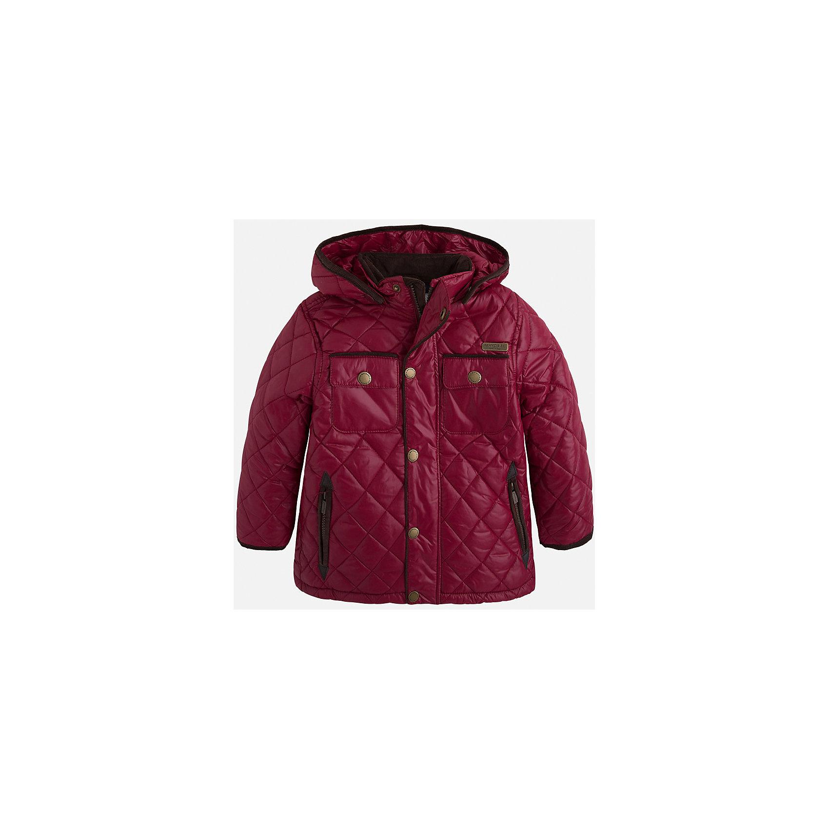Куртка для мальчика MayoralСтильная, теплая осенняя куртка для юного джентльмена!<br>Порадуйте своего ребенка хорошим подарком!<br><br>Дополнительная информация:<br><br>- Крой: прямой крой, слегка расклешен к низу.<br>- Страна бренда: Испания.<br>- Состав: <br>Верхняя ткань: полиэстер 100%.<br>Подкладка: полиэстер 100%.<br>Наполнитель: полиэстер 100%.<br>- Цвет: бордовый.<br>- Уход: бережная стирка при 30 градусах.<br><br>Купить куртку для мальчика Mayoral можно в нашем магазине.<br><br>Ширина мм: 356<br>Глубина мм: 10<br>Высота мм: 245<br>Вес г: 519<br>Цвет: бордовый<br>Возраст от месяцев: 72<br>Возраст до месяцев: 84<br>Пол: Мужской<br>Возраст: Детский<br>Размер: 122,128,134,98,104,110,116<br>SKU: 4821921