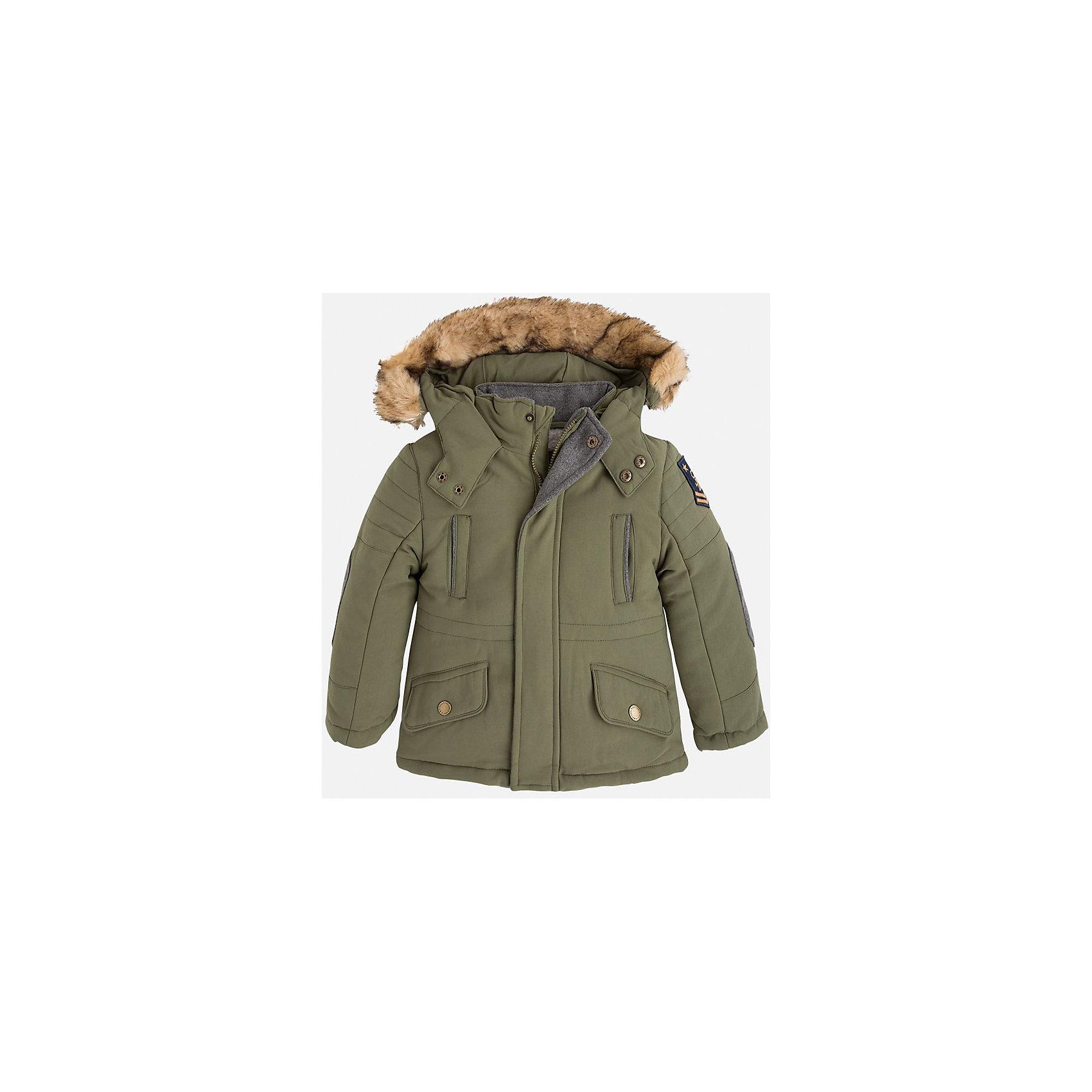 Куртка для мальчика MayoralСтильная осенняя куртка для Вашего модника!<br>Куртка практична и удобна в носке. <br>Порадуйте своего юного модника таким чудесным подарком!<br><br>Дополнительная информация:<br><br>- Крой: прямой крой.<br>- Страна бренда: Испания.<br>- Состав: <br>Верхняя ткань: полиэстер 100%.<br>Подкладка: полиэстер 100%.<br>Наполнитель: полиэстер 100%.<br>- Цвет: защитный.<br>- Уход: бережная стирка при 30 градусах.<br><br>Купить куртку для мальчика Mayoral можно в нашем магазине.<br><br>Ширина мм: 356<br>Глубина мм: 10<br>Высота мм: 245<br>Вес г: 519<br>Цвет: хаки<br>Возраст от месяцев: 36<br>Возраст до месяцев: 48<br>Пол: Мужской<br>Возраст: Детский<br>Размер: 104,110,116,122,128,134,98,92<br>SKU: 4822026