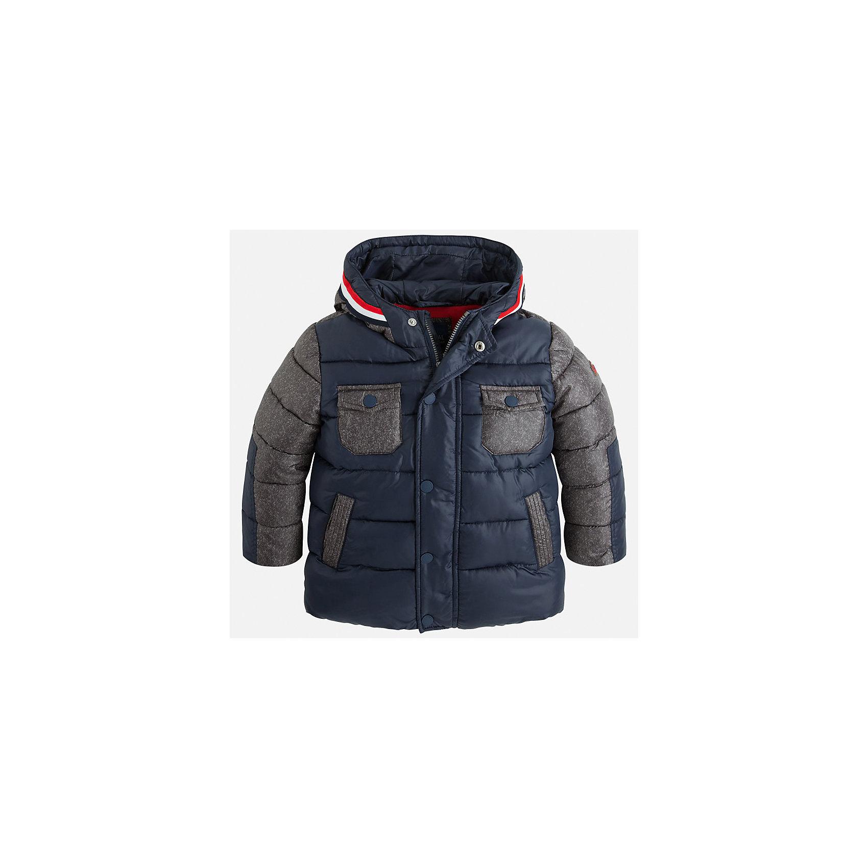Куртка для мальчика MayoralСтильная осенняя куртка для Вашего модника!<br>Куртка практична и удобна в носке. <br>Порадуйте своего юного модника таким чудесным подарком!<br><br>Дополнительная информация:<br><br>- Крой: прямой крой.<br>- Страна бренда: Испания.<br>- Состав: <br>Верхняя ткань: полиэстер 100%.<br>Подкладка: полиэстер 100%.<br>Наполнитель: полиэстер 100%.<br>- Цвет: синий.<br>- Уход: бережная стирка при 30 градусах.<br><br>Купить куртку для мальчика Mayoral можно в нашем магазине.<br><br>Ширина мм: 356<br>Глубина мм: 10<br>Высота мм: 245<br>Вес г: 519<br>Цвет: синий<br>Возраст от месяцев: 72<br>Возраст до месяцев: 84<br>Пол: Мужской<br>Возраст: Детский<br>Размер: 122,134,128,116,110,104,98<br>SKU: 4822035