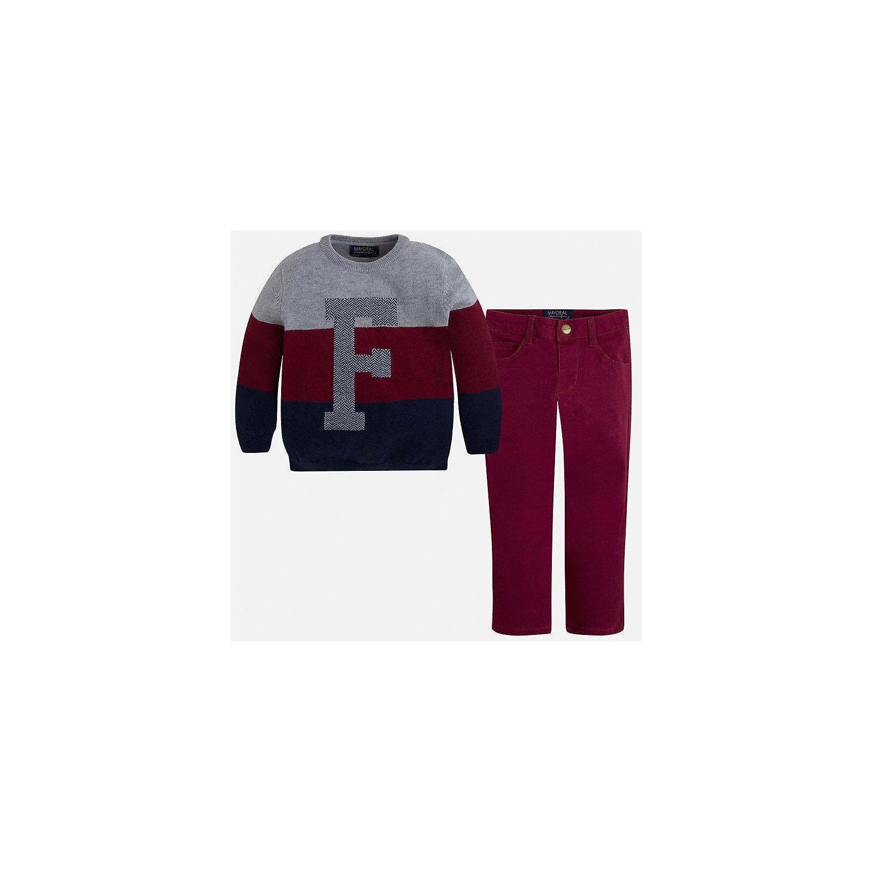 Комплект: брюки и свитер для мальчика MayoralКрасивый комплект состоящий из свитера и брюк, отлично подойдет юному моднику.<br><br>Дополнительная информация:<br><br>- В комплекте: брюки и свитер.<br>- Крой: прямой крой.<br>- Страна бренда: Испания.<br>- Состав: хлопок 60%, полиамид 30%, шерсть 10%.<br>- Цвет: вишневый.<br>- Уход: бережная стирка при 30 градусах.<br><br>Купить комплект брюки и свитер для мальчика Mayoral, можно в нашем магазине.<br><br>Ширина мм: 190<br>Глубина мм: 74<br>Высота мм: 229<br>Вес г: 236<br>Цвет: бордовый<br>Возраст от месяцев: 24<br>Возраст до месяцев: 36<br>Пол: Мужской<br>Возраст: Детский<br>Размер: 134,122,98,110,104,116,128<br>SKU: 4826480