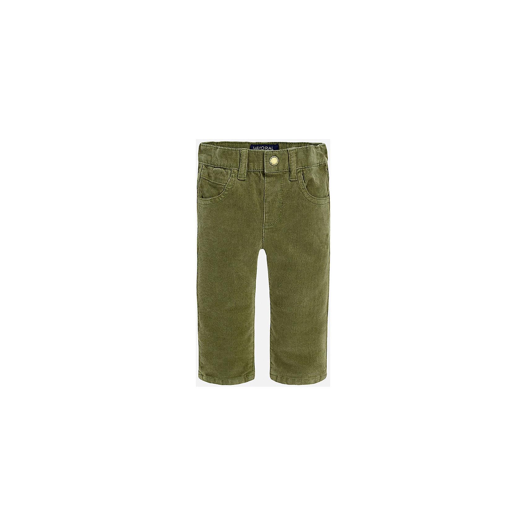 Брюки для мальчика MayoralДжинсы и брючки<br>Укороченные вельветовые брюки с зауженным кроем.<br><br>Дополнительная информация:<br><br>- Крой: зауженный крой (Slim Fit).<br>- Страна бренда: Испания.<br>- Состав: хлопок 98%, эластан 2%.<br>- Цвет: защитный.<br>- Уход: бережная стирка при 30 градусах.<br><br>Купить брюки для мальчика Mayoral можно в нашем магазине.<br><br>Ширина мм: 215<br>Глубина мм: 88<br>Высота мм: 191<br>Вес г: 336<br>Цвет: хаки<br>Возраст от месяцев: 18<br>Возраст до месяцев: 24<br>Пол: Мужской<br>Возраст: Детский<br>Размер: 92,74,80,86<br>SKU: 4826610