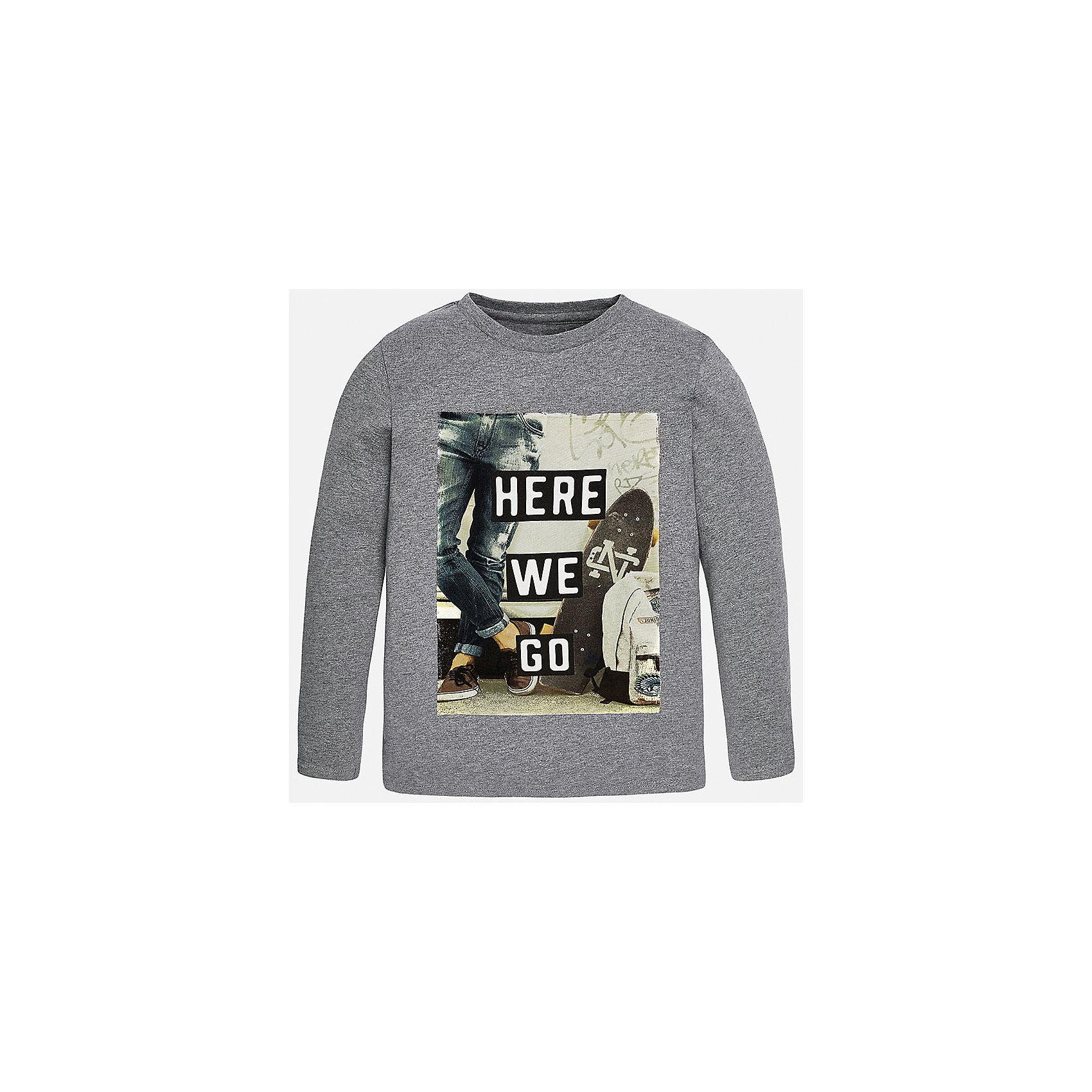Футболка с длинным рукавом  для мальчика MayoralХлопковая футболка с длинными рукавами - это  базовая вещь в любом гардеробе. Благодаря длинным рукавам и легкому составу ткани, ее можно носить в любое время года, а яркий орнамент, подчеркнет индивидуальный стиль Вашего ребенка!<br><br>Дополнительная информация:<br><br>- Крой: прямой крой.<br>- Страна бренда: Испания.<br>- Состав: хлопок 100%.<br>- Цвет: черный.<br>- Уход: бережная стирка при 30 градусах.<br><br>Купить футболку с длинным рукавом для мальчика, от  Mayoral, можно в нашем магазине.<br><br>Ширина мм: 230<br>Глубина мм: 40<br>Высота мм: 220<br>Вес г: 250<br>Цвет: серый<br>Возраст от месяцев: 144<br>Возраст до месяцев: 156<br>Пол: Мужской<br>Возраст: Детский<br>Размер: 152/158,140/146,128/134,146/152,158/164,164/170<br>SKU: 4826736