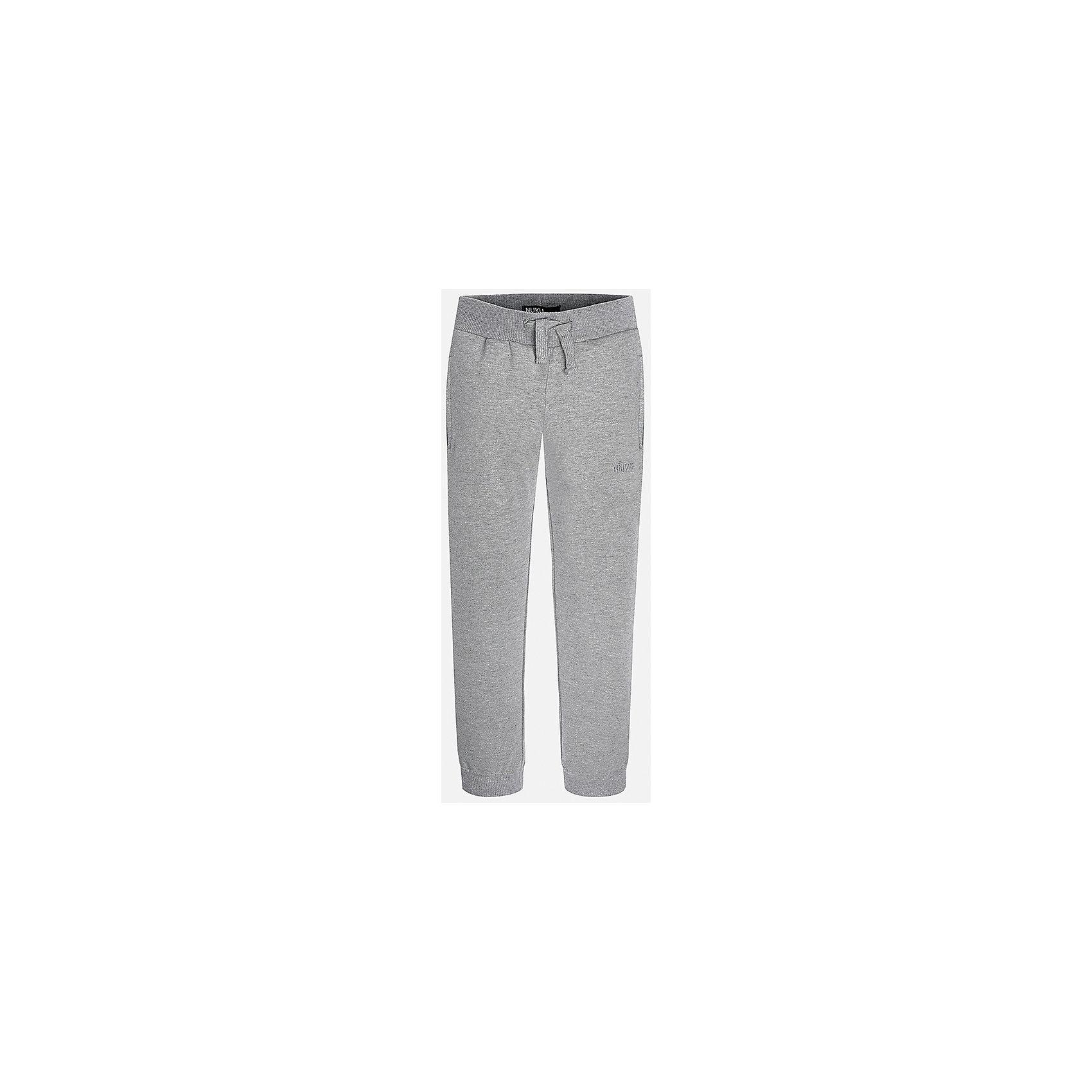 Брюки для мальчика MayoralОчень удобные спортивные брюки для мальчика! У брюк зауженный крой, хорошая посадка, на талии регулируются специальной резинкой.<br><br>Дополнительная информация:<br><br>- Крой: зауженный крой.<br>- Страна бренда: Испания.<br>- Состав: хлопок 35%, полиэстер 65%.<br>- Цвет: серые.<br>- Уход: бережная стирка при 30 градусах.<br><br>Купить брюки для мальчика Mayoral можно в нашем магазине.<br><br>Ширина мм: 215<br>Глубина мм: 88<br>Высота мм: 191<br>Вес г: 336<br>Цвет: серый<br>Возраст от месяцев: 156<br>Возраст до месяцев: 168<br>Пол: Мужской<br>Возраст: Детский<br>Размер: 158/164,128/134,140/146,146/152,164/170,152/158<br>SKU: 4826793