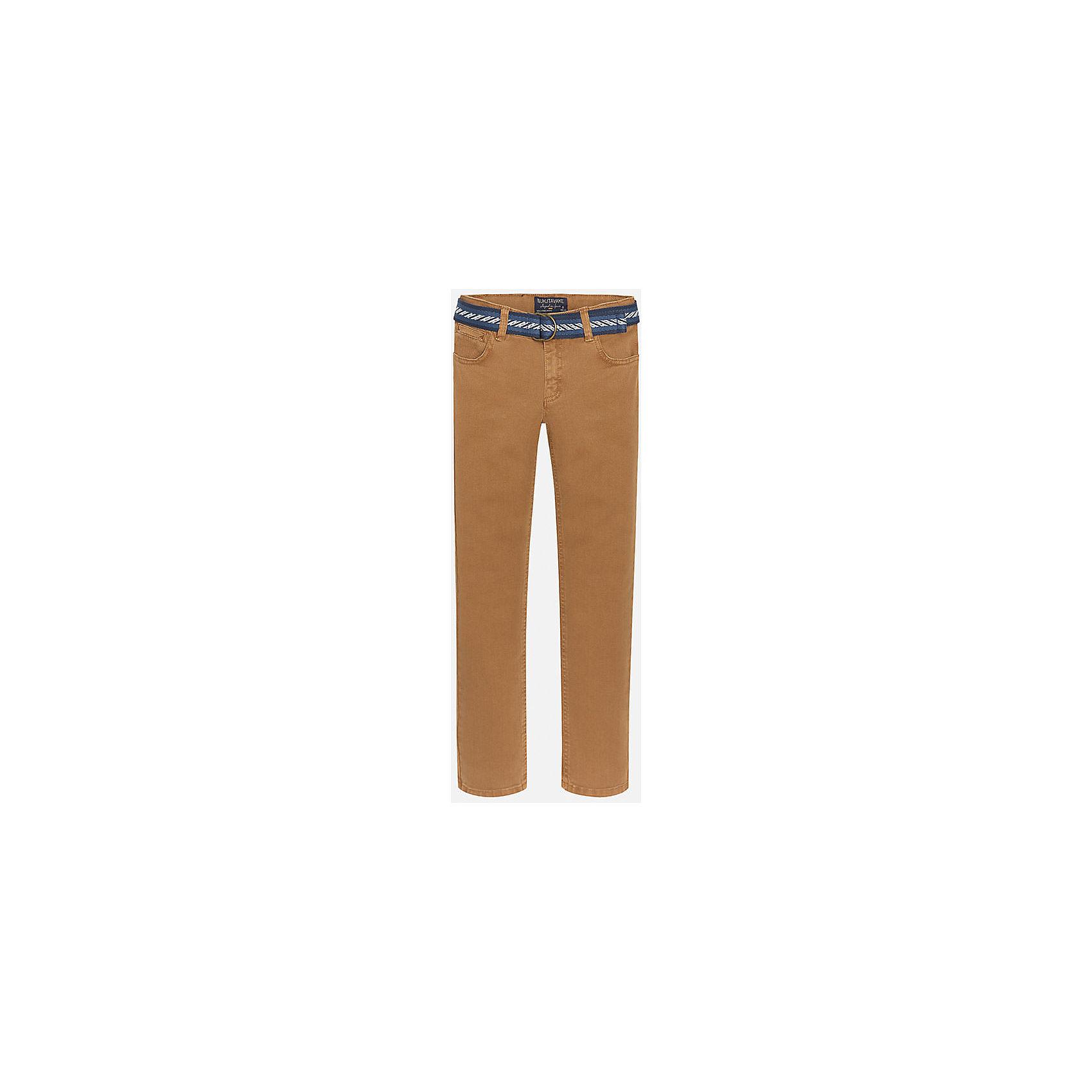 Брюки для мальчика MayoralБрюки для мальчика от популярного испанского бренда Mayoral(Майорал). Стильные брюки прямого кроя с ремешком на поясе. Есть по два кармана спереди и сзади. Прекрасное сочетания простоты и качества!<br><br>Дополнительная информация:<br>Состав: 98% хлопок, 2% эластан. Ремень: 100% полиэстер<br>Цвет: коричневый<br>Брюки для мальчика Mayoral(Майорал) вы можете приобрести в нашем интернет-магазине.<br><br>Ширина мм: 215<br>Глубина мм: 88<br>Высота мм: 191<br>Вес г: 336<br>Цвет: бежевый<br>Возраст от месяцев: 96<br>Возраст до месяцев: 108<br>Пол: Мужской<br>Возраст: Детский<br>Размер: 152/158,158/164,128/134,146/152,164/170,140/146<br>SKU: 4827176