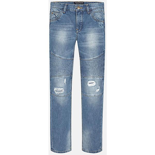 Джинсы для мальчика MayoralДжинсовая одежда<br>Джинсы для мальчика из коллекции осень-зима 2016-2017 известного испанского бренда Mayoral (Майорал). Стильные джинсы на каждый день приятного светло-синего цвета сделаны из хлопка. Модные детали дизайна и эффект «рваных штанов» придутся по вкусу вашему моднику. Брюки на молнии, имеют классические 5 карманов, прекрасно подойдут как к рубашкам, так и к футболкам.<br><br>Дополнительная информация:<br>- Силуэт прямой <br><br>Состав: 100% хлопок <br><br>Брюки для мальчика Mayoral (Майорал) можно купить в нашем интернет-магазине.<br><br>Подробнее:<br>• Для детей в возрасте: от 9 до 13 лет<br>• Номер товара: 4911444<br>Страна производитель: Китай<br><br>Ширина мм: 215<br>Глубина мм: 88<br>Высота мм: 191<br>Вес г: 336<br>Цвет: синий<br>Возраст от месяцев: 144<br>Возраст до месяцев: 156<br>Пол: Мужской<br>Возраст: Детский<br>Размер: 152/158,140/146,164/170,158/164,146/152,128/134<br>SKU: 4827183