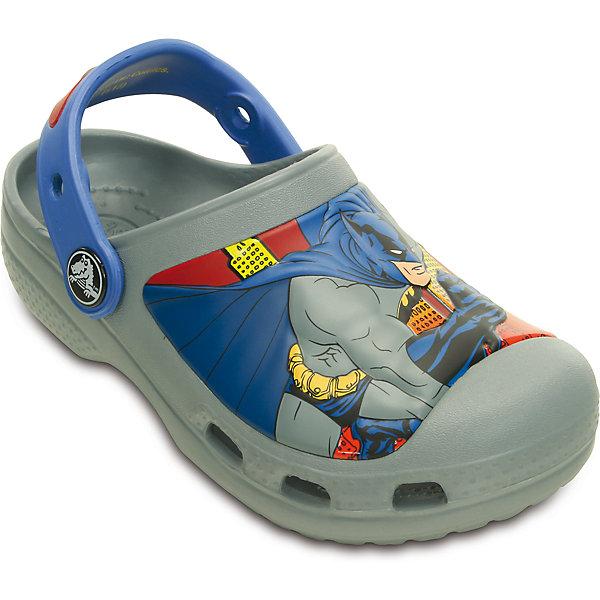 Сабо Creative Crocs Batman Clog CrocsПляжная обувь<br>Характеристики товара:<br><br>• цвет: серый<br>• материал: 100% полимер Croslite™<br>• литая модель<br>• вентиляционные отверстия<br>• бактериостатичный материал<br>• пяточный ремешок фиксирует стопу<br>• толстая устойчивая подошва<br>• с принтом<br>• анатомическая стелька с массажными точками стимулирует кровообращение<br>• страна бренда: США<br>• страна изготовитель: Китай<br><br>Для правильного развития ребенка крайне важно, чтобы обувь была удобной. Такие сабо обеспечивают детям необходимый комфорт, а анатомическая стелька с массажными линиями для стимуляции кровообращения позволяет ножкам дольше не уставать. Сабо легко надеваются и снимаются, отлично сидят на ноге. Материал, из которого они сделаны, не дает размножаться бактериям, поэтому такая обувь препятствует образованию неприятного запаха и появлению болезней стоп. <br>Обувь от американского бренда Crocs в данный момент завоевала широкую популярность во всем мире, и это не удивительно - ведь она невероятно удобна. Её носят врачи, спортсмены, звёзды шоу-бизнеса, люди, которым много времени приходится бывать на ногах - они понимают, как важна комфортная обувь. Продукция Crocs - это качественные товары, созданные с применением новейших технологий. Обувь отличается стильным дизайном и продуманной конструкцией. Изделие производится из качественных и проверенных материалов, которые безопасны для детей.<br><br>Сабо от торговой марки Crocs можно купить в нашем интернет-магазине.<br><br>Ширина мм: 225<br>Глубина мм: 139<br>Высота мм: 112<br>Вес г: 290<br>Цвет: серый<br>Возраст от месяцев: 12<br>Возраст до месяцев: 15<br>Пол: Мужской<br>Возраст: Детский<br>Размер: 21/22,27/28,31/32,25/26,23/24,29/30<br>SKU: 4828023