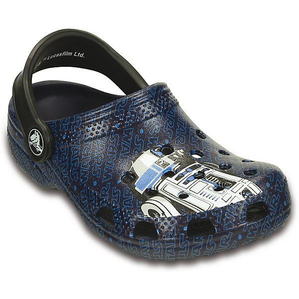 Сабо Classic Star Wars R2D2 C3PO CrocsПляжная обувь<br>Характеристики товара:<br><br>• цвет: разноцветный<br>• материал: 100% полимер Croslite™<br>• литая модель<br>• вентиляционные отверстия<br>• бактериостатичный материал<br>• пяточный ремешок фиксирует стопу<br>• толстая устойчивая подошва<br>• с принтом<br>• анатомическая стелька с массажными точками стимулирует кровообращение<br>• страна бренда: США<br>• страна изготовитель: Китай<br><br>Для правильного развития ребенка крайне важно, чтобы обувь была удобной. Такие сабо обеспечивают детям необходимый комфорт, а анатомическая стелька с массажными линиями для стимуляции кровообращения позволяет ножкам дольше не уставать. Сабо легко надеваются и снимаются, отлично сидят на ноге. Материал, из которого они сделаны, не дает размножаться бактериям, поэтому такая обувь препятствует образованию неприятного запаха и появлению болезней стоп. <br>Обувь от американского бренда Crocs в данный момент завоевала широкую популярность во всем мире, и это не удивительно - ведь она невероятно удобна. Её носят врачи, спортсмены, звёзды шоу-бизнеса, люди, которым много времени приходится бывать на ногах - они понимают, как важна комфортная обувь. Продукция Crocs - это качественные товары, созданные с применением новейших технологий. Обувь отличается стильным дизайном и продуманной конструкцией. Изделие производится из качественных и проверенных материалов, которые безопасны для детей.<br><br>Сабо от торговой марки Crocs можно купить в нашем интернет-магазине.<br><br>Ширина мм: 225<br>Глубина мм: 139<br>Высота мм: 112<br>Вес г: 290<br>Цвет: синий<br>Возраст от месяцев: 12<br>Возраст до месяцев: 15<br>Пол: Мужской<br>Возраст: Детский<br>Размер: 21/22,27/28,34/35,33/34,31/32,25/26,23/24,29/30<br>SKU: 4828066