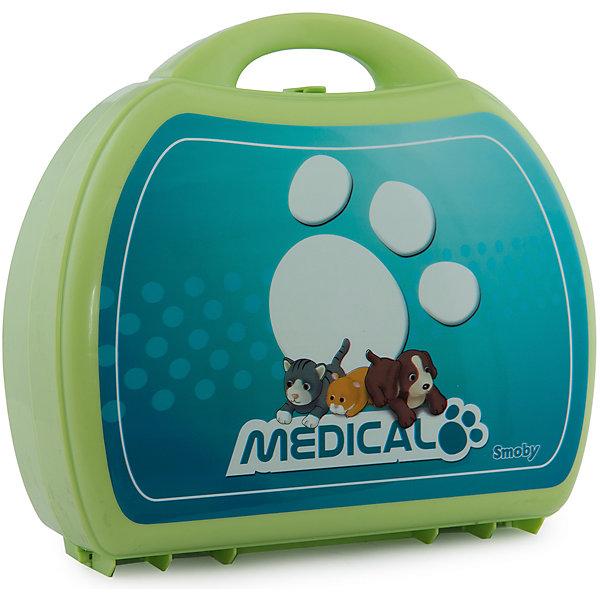 Набор доктора-ветеринара, SmobyНаборы доктора и ветеринара<br>С помощью чемоданчика доктора-ветеринара, Smoby малыш сможет не только проверить состояние здоровья любимого питомца , но и полечить его.  Игровой набор прекрасно позволяет ребенку почувствовать себя  в роли врача-ветеринара, который с вниманием и нежностью относится к братьям нашим меньшим и старается им помочь при малейшем недомогании.<br><br>Играя с набором ветеринара Smoby малыш будет развивать моторику ручек, координацию движений, внимание, воображение, а еще расширять свой словарный запас.<br><br>Набор доктора-ветеринара обязательно порадует будущего доктора!<br><br>Дополнительная информация:<br><br>- В комплекте: шприц, градусник, коробка для лекарств, стетоскоп, карточка и плюшевая игрушка (кошка или собака).<br>- Материал: текстиль, пластик<br>- Размеры: (Д)22,5 Х (Ш)22,5 Х(В)10 см<br>- Вес:  500 г.<br><br>Игрушку Набор доктора-ветеринара, Smoby можно купить в нашем интернет-магазине.<br>Ширина мм: 220; Глубина мм: 100; Высота мм: 220; Вес г: 500; Цвет: зеленый; Возраст от месяцев: 36; Возраст до месяцев: 84; Пол: Унисекс; Возраст: Детский; SKU: 4835088;