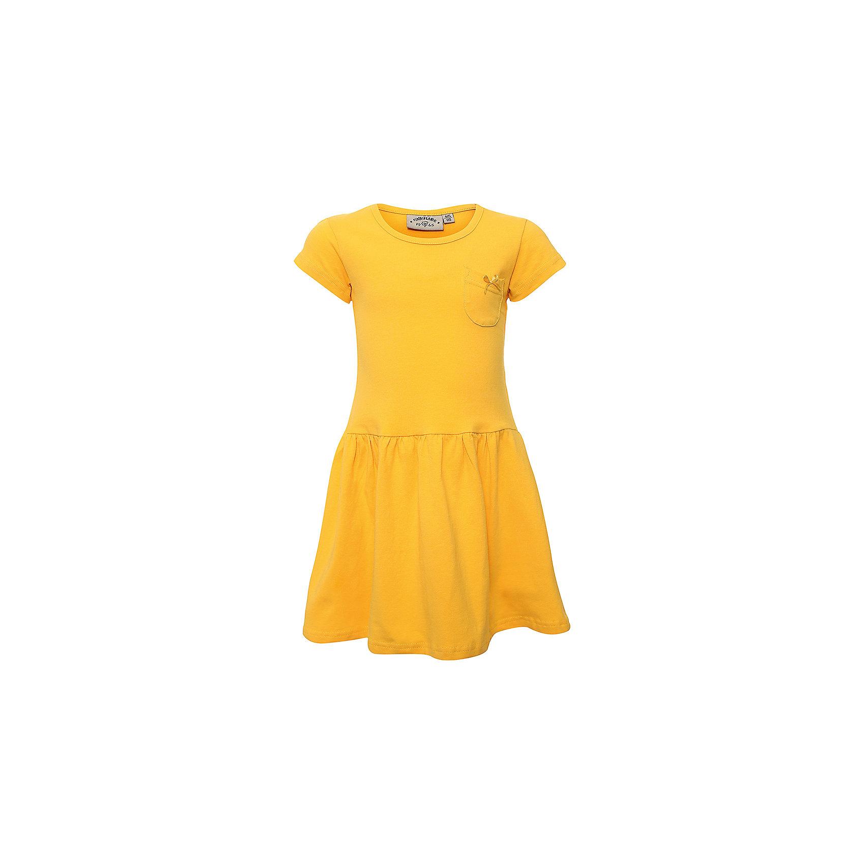 Платье для девочки Finn FlareПлатье для девочки от известного бренда Finn Flare<br>Фактура материала:Трикотажный<br>Вид застежки:Без застежки<br> Длина рукава:Короткие<br> Тип карманов:Накладные<br>Состав:<br>95% хлопок, 5% эластан<br><br>Ширина мм: 236<br>Глубина мм: 16<br>Высота мм: 184<br>Вес г: 177<br>Цвет: желтый<br>Возраст от месяцев: 72<br>Возраст до месяцев: 84<br>Пол: Женский<br>Возраст: Детский<br>Размер: 122,110<br>SKU: 4835486