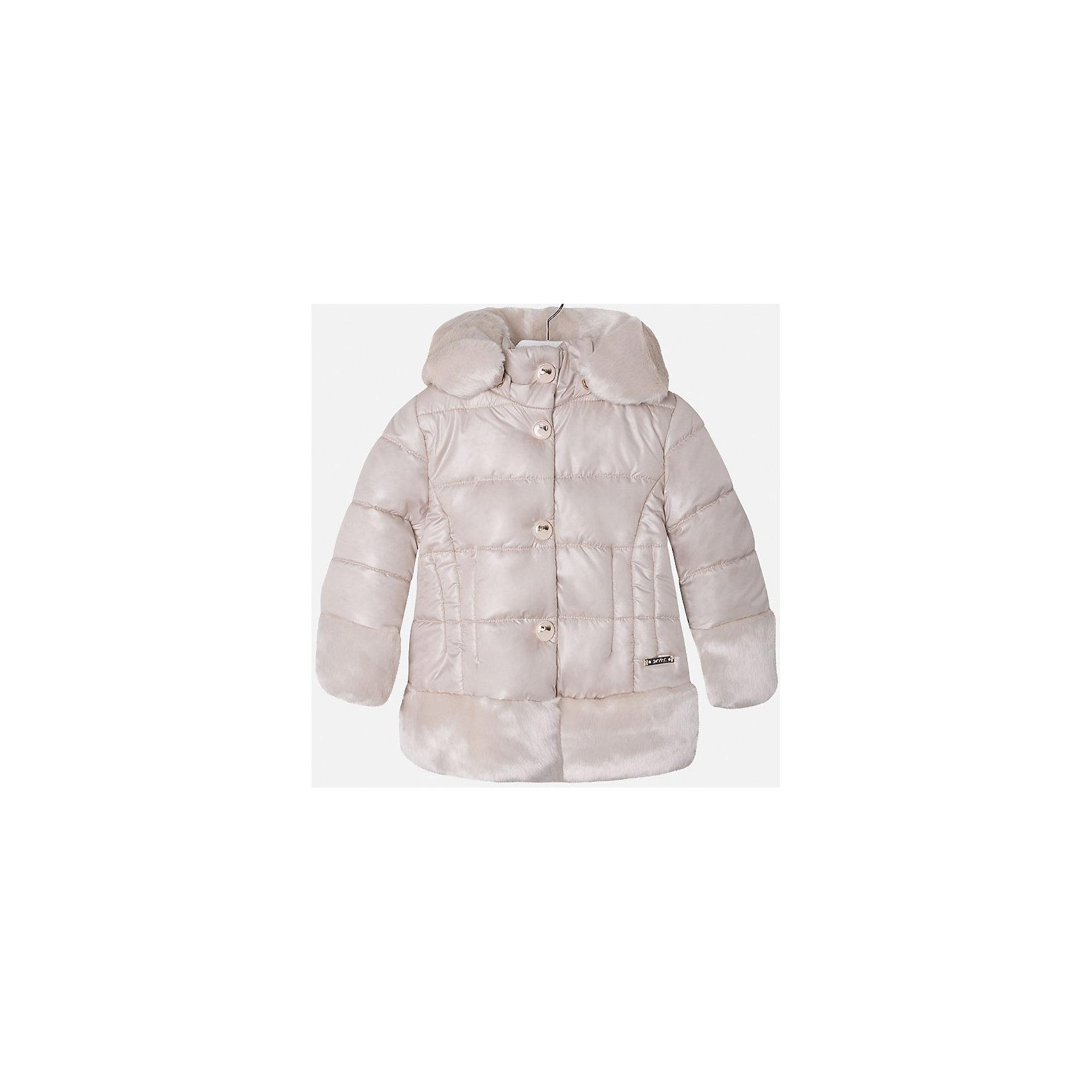Куртка для девочки MayoralДемисезонные куртки<br>Куртка для девочки из коллекции осень-зима 2016-2017 известного испанского бренда Mayoral (Майорал). Удобная и красивая отднотонная куртка без рисунка. Приятный жемчужный цвет в сочетании с плюшевыми манжетами, низом куртки и каймой капюшона придутся по вкусу вашей моднице. Плащевая ткань основной части куртки непромокаемая и не пропускает ветер. Куртка отлично подойдет как к юбкам и брюкам, так и к джинсам. Застегивается на молнию и кнопки. Куртка имеет качественный крой и маленькую пластинку с наименованием бренда на лицевой стороне спереди.<br><br>Дополнительная информация:<br>- Длина: удлиненная <br>- Силуэт: прямой <br>- Утеплитель: синтепон, плотность 120 г/кв.м<br>Состав: 100 % полиэстер<br><br>Куртку для девочки Mayoral (Майорал) можно купить в нашем интернет-магазине.<br><br>Подробнее:<br>• Для детей в возрасте: от 8 до 14 лет<br>• Номер товара: 4843787 <br>Страна производитель: Китай<br><br>Ширина мм: 356<br>Глубина мм: 10<br>Высота мм: 245<br>Вес г: 519<br>Цвет: желтый<br>Возраст от месяцев: 36<br>Возраст до месяцев: 48<br>Пол: Женский<br>Возраст: Детский<br>Размер: 104,110,134,116,128,122,98<br>SKU: 4843786