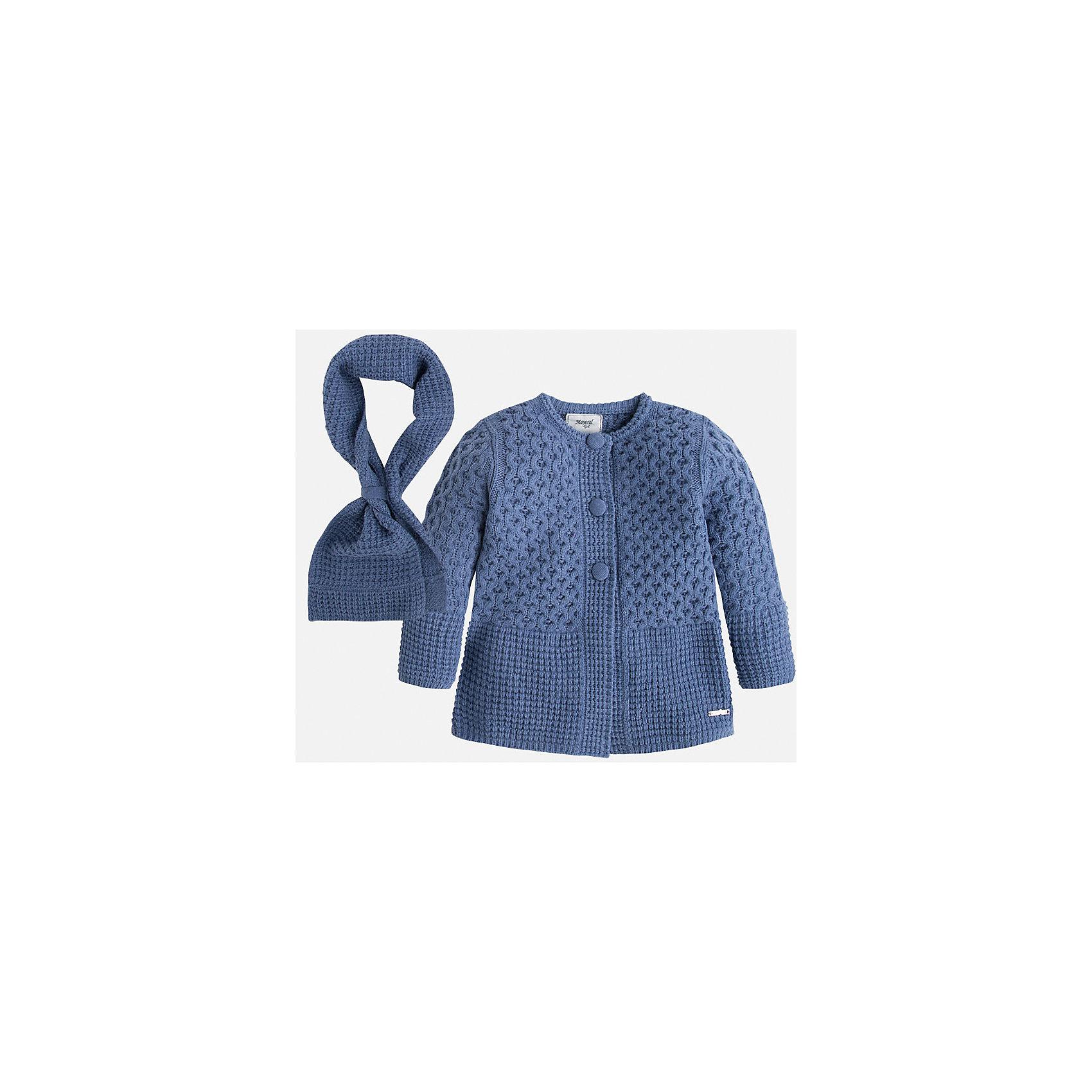 Пальто для девочки MayoralВязаное пальто с шарфом для девочки от известного испанского бренда Mayoral(Майорал). Пальто изготовлено из качественных материалов, приятных телу. Модель с округлым воротом, застегивается на пуговицы спереди. Шарф очень удобно надевать с  помощью предусмотренной петельки. Красивое пальто для элегантного образа девочки!<br><br>Дополнительная информация:<br>Состав: 100% акрил<br>Цвет: синий<br>Вы можете купить пальто Mayoral(Майорал) в нашем интернет-магазине.<br><br>Ширина мм: 356<br>Глубина мм: 10<br>Высота мм: 245<br>Вес г: 519<br>Цвет: синий<br>Возраст от месяцев: 48<br>Возраст до месяцев: 60<br>Пол: Женский<br>Возраст: Детский<br>Размер: 110,128,98,122,116,104,134<br>SKU: 4843818