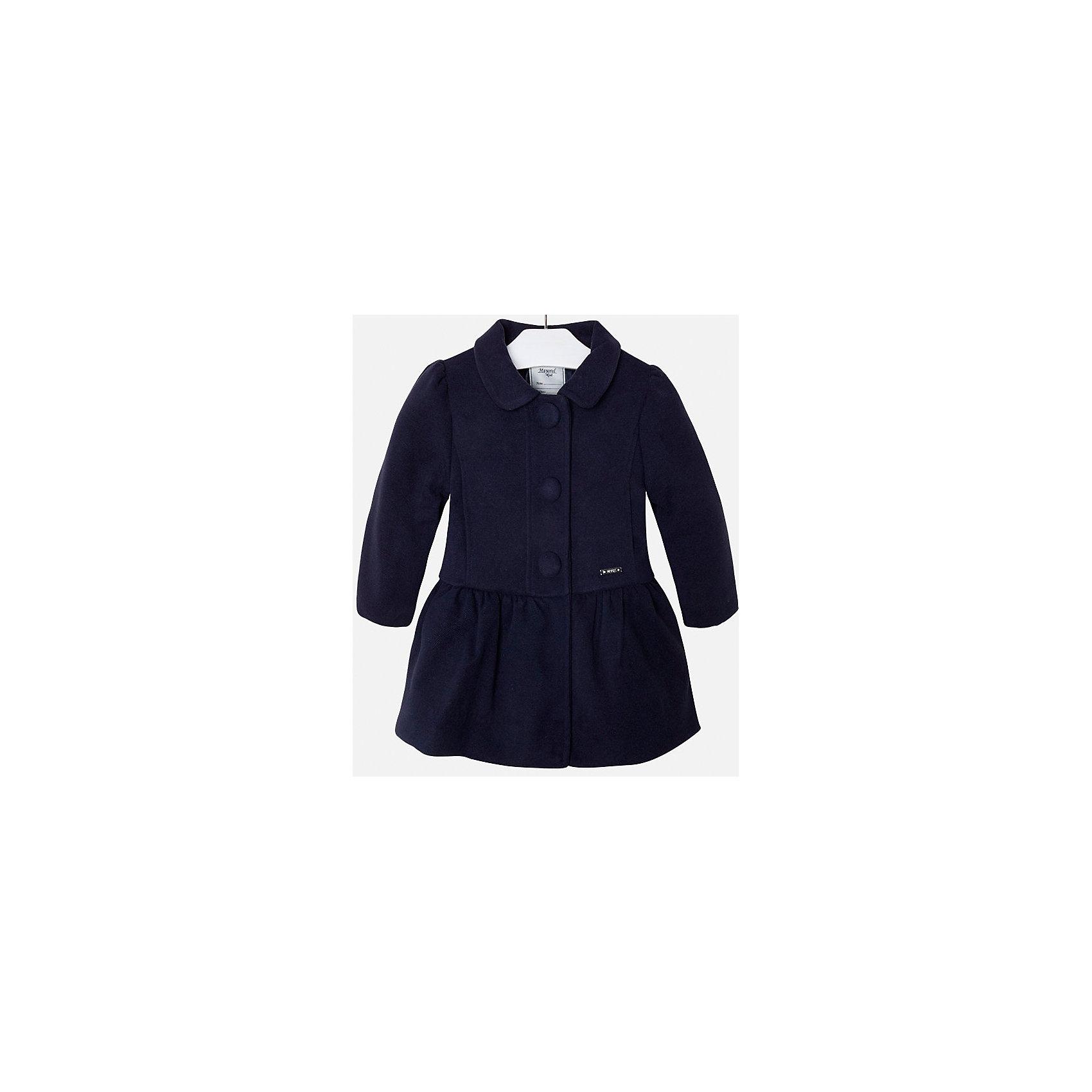 Пальто для девочки MayoralВерхняя одежда<br>Пальто для девочки из коллекции осень-зима 2016-2017 известного испанского бренда Mayoral (Майорал). Стильное и удобное темно-синее пальто классического покроя. Приталенный силуэт, откидной воротничок и модные крупные пуговки придутся по вкусу вашей моднице. Пальто застегивается на молнию и содержит синтепон как утеплитель, карманы отсутствуют. Пальто имеет качественный крой и маленькую пластинку с наименованием бренда на лицевой стороне спереди.<br><br>Дополнительная информация:<br>- Длина: удлиненная <br>- Силуэт: приталенный; прямой <br>- Утеплитель: синтепон<br>Состав: полиэстер 90%,вискоза 8%,эластан 2%<br><br>Пальто для девочки Mayoral (Майорал) можно купить в нашем интернет-магазине.<br><br>Подробнее:<br>• Для детей в возрасте: от 5 до 12 лет<br>• Номер товара: 4843787 <br>Страна производитель: Китай<br><br>Ширина мм: 356<br>Глубина мм: 10<br>Высота мм: 245<br>Вес г: 519<br>Цвет: синий<br>Возраст от месяцев: 36<br>Возраст до месяцев: 48<br>Пол: Женский<br>Возраст: Детский<br>Размер: 104,122,128,134,98,116,110<br>SKU: 4843834