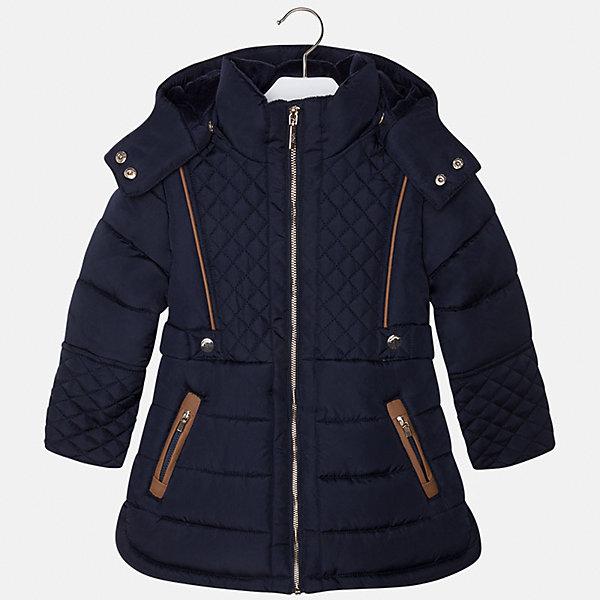 Куртка для девочки MayoralДемисезонные куртки<br>Пальто для девочки из коллекции осень-зима 2016-2017 известного испанского бренда Mayoral (Майорал). Стильное и удобное темно-синее стеганое пальто с водооталкивающим покрытием. Приталенный силуэт, большой капюшон и модные бежевые детали отделки придутся по вкусу вашей моднице. Пальто застегивается на металлическую молнию и имеет два кармана на молниях. Пальто имеет качественный крой, капюшон пристегивается на кнопки, имеются разрезы в нижней части по бокам.<br><br>Дополнительная информация:<br>- Длина: удлиненная <br>- Силуэт: приталенный; прямой <br><br>Состав: 100% полиэстер <br><br>Пальто для девочки Mayoral (Майорал) можно купить в нашем интернет-магазине.<br><br>Подробнее:<br>• Для детей в возрасте: от 5 до 12 лет<br>• Номер товара: 4843851 <br>Страна производитель: Китай<br><br>Ширина мм: 356<br>Глубина мм: 10<br>Высота мм: 245<br>Вес г: 519<br>Цвет: синий<br>Возраст от месяцев: 48<br>Возраст до месяцев: 60<br>Пол: Женский<br>Возраст: Детский<br>Размер: 116,110,134,122,98,128,104<br>SKU: 4843850
