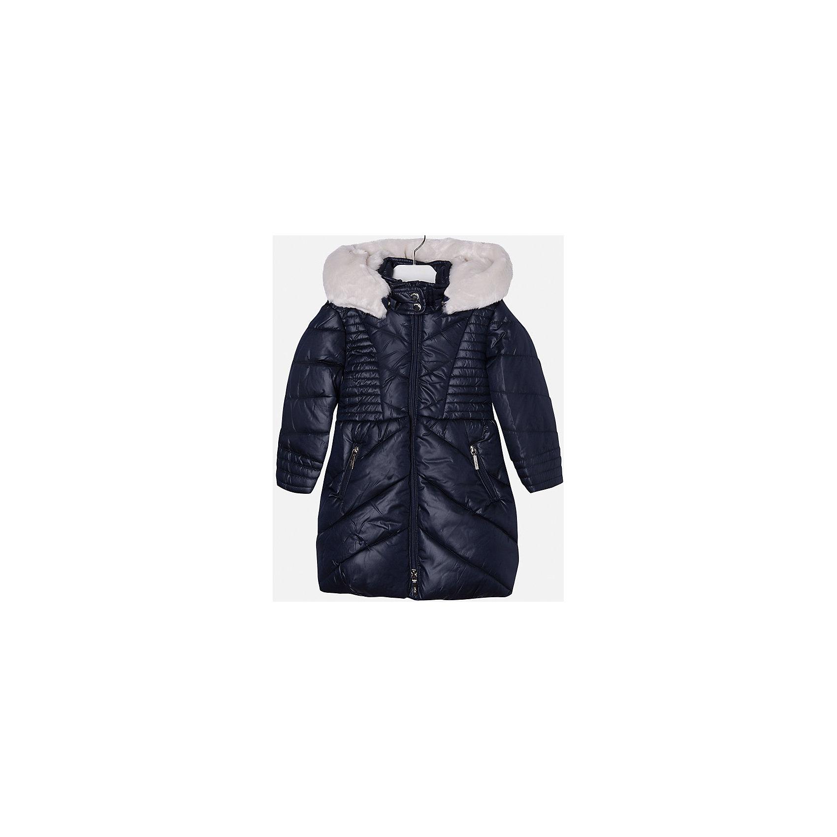 Куртка для девочки MayoralВерхняя одежда<br>Куртка для девочки от популярного испанского бренда Mayoral(майорал). Модель с приталенным силуэтом, застегивается на молнию. Есть большой капюшон с искусственным мехом и кнопками, 2 кармана по бокам. С этой курткой девочке будет тепло и комфортно во время прогулок!<br><br>Дополнительная информация:<br>Состав: 100% полиэстер<br>Цвет: темно-синий<br>Вы можете приобрести куртку Mayoral(Майорал) в нашем интернет-магазине.<br><br>Ширина мм: 356<br>Глубина мм: 10<br>Высота мм: 245<br>Вес г: 519<br>Цвет: синий<br>Возраст от месяцев: 60<br>Возраст до месяцев: 72<br>Пол: Женский<br>Возраст: Детский<br>Размер: 116,104,122,128,134,110,98<br>SKU: 4843874