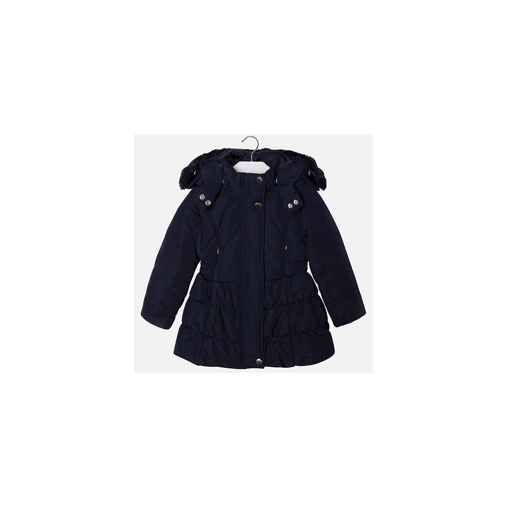 Куртка для девочки MayoralКуртка для девочки от известной испанской марки Mayoral(майорал). Модель с приталенным и расширенным к низу силуэтом. Есть большой удобный капюшон с искусственным мехом, застегивается на кнопки. Стильная теплая курточка - то, что нужно для комфортных прогулок!<br><br>Дополнительная информация:<br>Состав: 100% полиэстер<br>Цвет: темно-синий<br>Куртку Mayoral(Майорал) вы можете приобрести в нашем интернет-магазине.<br><br>Ширина мм: 356<br>Глубина мм: 10<br>Высота мм: 245<br>Вес г: 519<br>Цвет: синий<br>Возраст от месяцев: 48<br>Возраст до месяцев: 60<br>Пол: Женский<br>Возраст: Детский<br>Размер: 110,116,128,122,98,134,104<br>SKU: 4843890