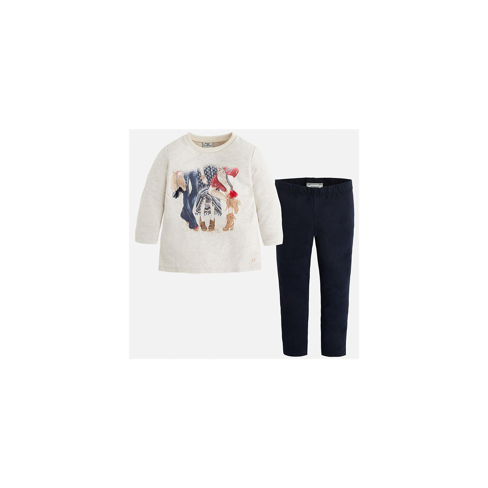 Комплект:футболка и леггинсы для девочки MayoralКомплекты<br>Комплект из свитера и леггинсов от известного испанского бренда Mayoral(Майорал). Классические теvно-синие леггинсы в сочетании со светлым свитером отлично подойдут для прогулок и важных мероприятий. Свитер украшен необычным принтом. Прекрасный выбор для стильных девочек!<br>Дополнительная информация:<br>-свитер украшен крупным принтом<br>-цвет: темно-синий/белый<br>-состав: свитер: 81% хлопок, 17% полиэстер, 2% эластан; леггинсы: 95% хлопок, 5% эластан<br>Комплект из свитера и леггинсов Mayoral(Майорал) вы можете приобрести в нашем интернет-магазине.<br><br>Ширина мм: 123<br>Глубина мм: 10<br>Высота мм: 149<br>Вес г: 209<br>Цвет: синий<br>Возраст от месяцев: 24<br>Возраст до месяцев: 36<br>Пол: Женский<br>Возраст: Детский<br>Размер: 98,92,122,116,128,134,110,104<br>SKU: 4844125