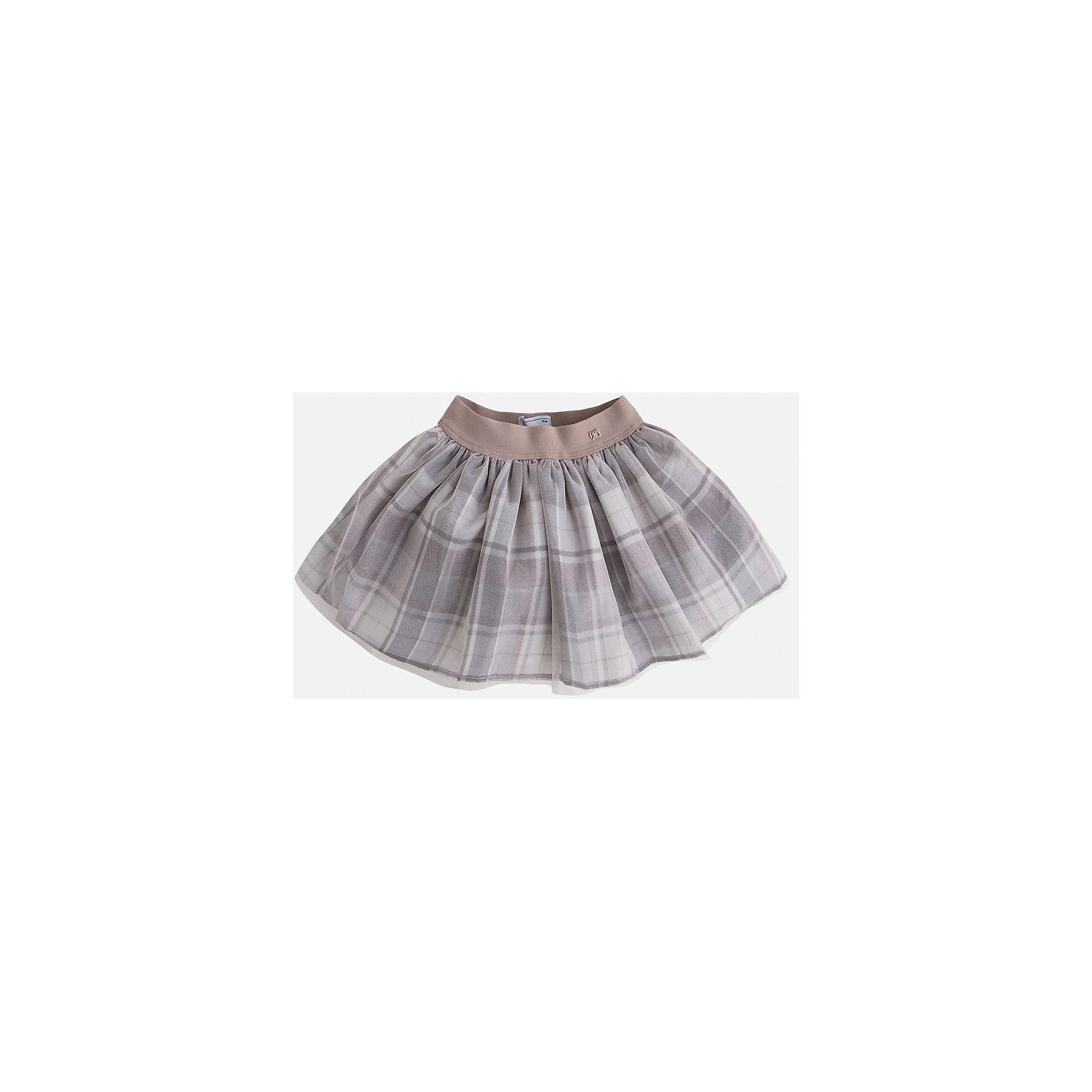 Юбка для девочки MayoralМилая, кокетливая юбка для маленьких модниц с очаровательными складками, которые придают игривость и очарование данной модели, а клетка делает ее хитом нынешнего сезона. Модель дополнена эластичной резинкой на поясе.<br><br>Дополнительная информация: <br><br>- цвет: серый<br>- состав: полиэстер 100% ;подкладка: полиэстер 100%<br>- фактура материала: текстильный<br>- вид застежки: молния<br>- длина изделия: по спинке: 48 см<br>- длина юбки: миди<br>- тип посадки: средняя посадка<br>- тип карманов: без карманов<br>- уход за вещами: бережная стирка при 30 градусах<br>- рисунок: без рисунка<br>- назначение: праздничная<br>- сезон: круглогодичный<br>- пол: девочки<br>- страна бренда: Испания<br>- комплектация: юбка<br><br>Юбку для девочки торговой марки Mayoral можно купить в нашем интернет-магазине.<br><br>Ширина мм: 207<br>Глубина мм: 10<br>Высота мм: 189<br>Вес г: 183<br>Цвет: серый<br>Возраст от месяцев: 96<br>Возраст до месяцев: 108<br>Пол: Женский<br>Возраст: Детский<br>Размер: 128,104,116,98,110,122,134<br>SKU: 4844298