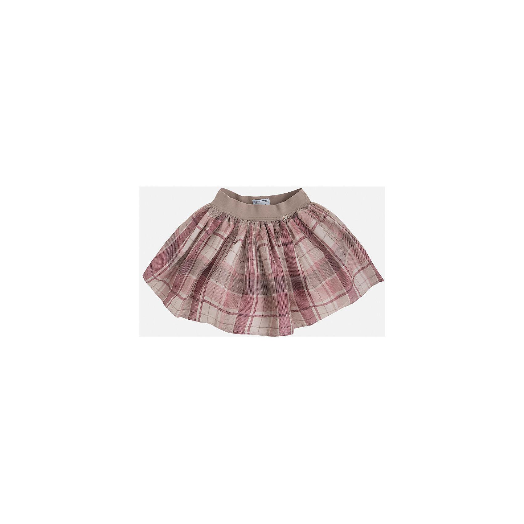 Юбка для девочки MayoralЮбки<br>Стильная юбка в клетку на подкладке декорирована нежным фатином и логотипом торговой марки    Майорал -Mayoral  , а также дополнена эластичной резинкой на поясе. Модель дополнит и подчеркнет повседневный образ ребенка.<br><br>Дополнительная информация: <br><br>- цвет: розовый<br>- состав: полиэстер 100% ;подкладка: полиэстер 100%<br>- фактура материала: текстильный<br>- вид застежки: молния<br>- длина изделия: по спинке: 48 см<br>- длина юбки: миди<br>- тип посадки: средняя посадка<br>- тип карманов: без карманов<br>- уход за вещами: бережная стирка при 30 градусах<br>- рисунок: без рисунка<br>- назначение: праздничная<br>- сезон: круглогодичный<br>- пол: девочки<br>- страна бренда: Испания<br>- комплектация: юбка<br><br>Юбку для девочки торговой марки Mayoral можно купить в нашем интернет-магазине.<br><br>Ширина мм: 207<br>Глубина мм: 10<br>Высота мм: 189<br>Вес г: 183<br>Цвет: розовый<br>Возраст от месяцев: 24<br>Возраст до месяцев: 36<br>Пол: Женский<br>Возраст: Детский<br>Размер: 98,122,134,128,110,116,104<br>SKU: 4844306