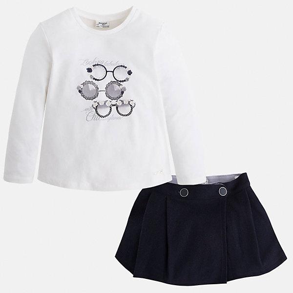 Комплект:футболка и юбка для девочки MayoralКомплекты<br>Комплект из топа и юбки от известного испанского бренда Mayoral(Майорал). Юбка с двумя застежками-пуговицами, топ легкого белого цвета с забавным принтом спереди. Изделия выполнены из качественных дышащих материалов. Прекрасный вариант для повседневной носки!<br>Дополнительная информация:<br>-длинные рукава<br>-застежки-пуговицы на юбке<br>-топ украшен оригинальным принтом<br>-цвет: темно-синий/белый<br>-состав. топ: 95% хлопок, 5% эластан. юбка: 100% полиэстер; подкладка: 65% полиэстер, 35% хлопок<br>Комплект из топа и юбки Mayoral(Майорал) вы можете приобрести в нашем интернет-магазине.<br><br>Ширина мм: 207<br>Глубина мм: 10<br>Высота мм: 189<br>Вес г: 183<br>Цвет: синий<br>Возраст от месяцев: 48<br>Возраст до месяцев: 60<br>Пол: Женский<br>Возраст: Детский<br>Размер: 110,116,128,122,98,134,104<br>SKU: 4844640