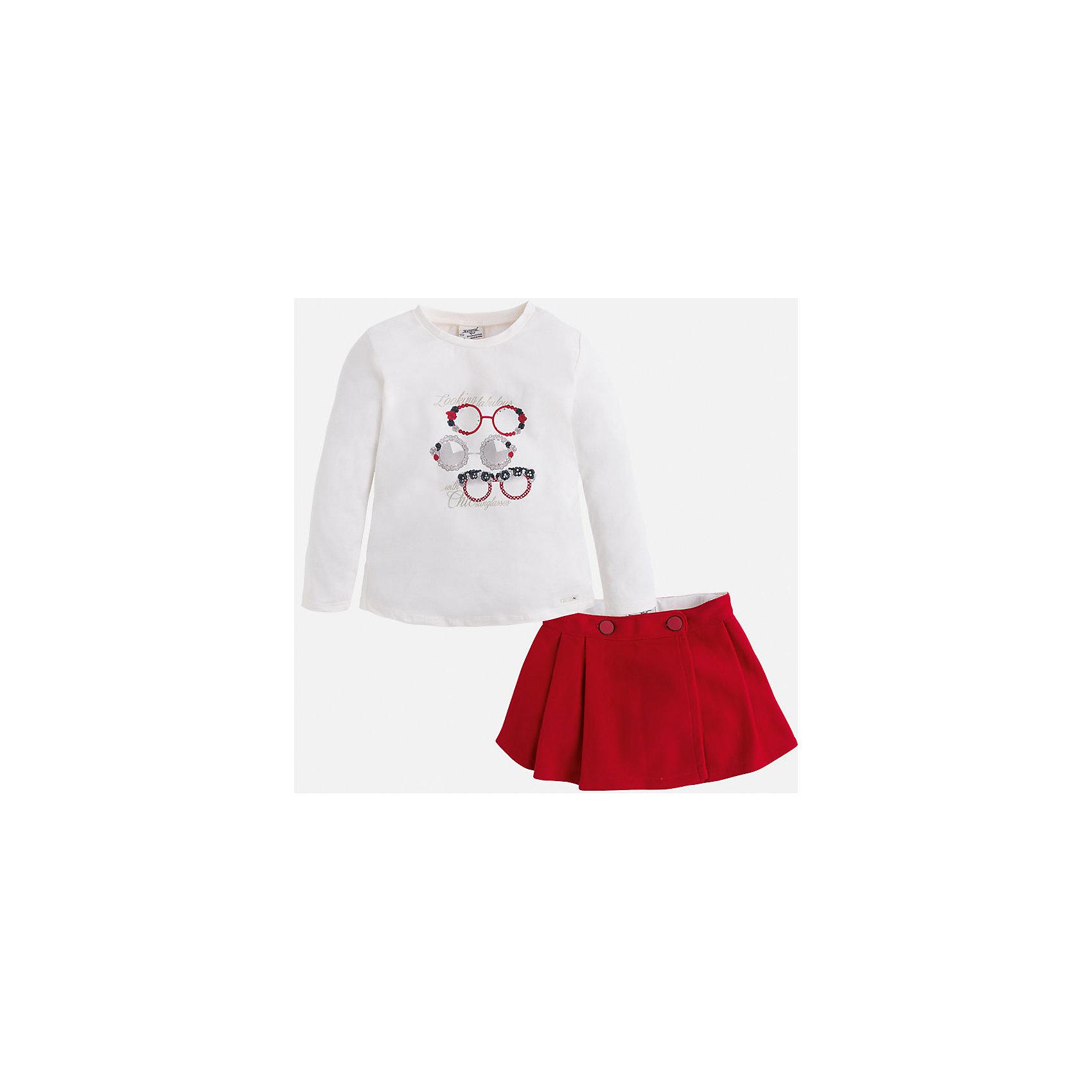 Комплект:футболка и юбка для девочки MayoralКомплекты<br>Комплект из топа и юбки от известного испанского бренда Mayoral(Майорал). Юбка с двумя застежками-пуговицами, топ легкого белого цвета с забавным принтом спереди. Изделия выполнены из качественных дышащих материалов. Прекрасный вариант для повседневной носки!<br>Дополнительная информация:<br>-длинные рукава<br>-застежки-пуговицы на юбке<br>-топ украшен оригинальным принтом<br>-цвет: красный/белый<br>-состав. топ: 95% хлопок, 5% эластан. юбка: 100% полиэстер; подкладка: 65% полиэстер, 35% хлопок<br>Комплект из топа и юбки Mayoral(Майорал) вы можете приобрести в нашем интернет-магазине.<br><br>Ширина мм: 207<br>Глубина мм: 10<br>Высота мм: 189<br>Вес г: 183<br>Цвет: красный<br>Возраст от месяцев: 36<br>Возраст до месяцев: 48<br>Пол: Женский<br>Возраст: Детский<br>Размер: 104,98,122,134,116,110,128<br>SKU: 4844648