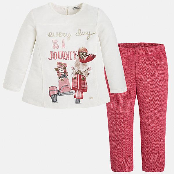 Комплект для девочки: футболка и леггинсы MayoralКомплекты<br>Яркий комплект от Mayoral состоит из футболки с длинным рукавом и леггинсов контрастной расцветки. Футболка оформлена оригинальным принтом с объемными элементами и вышивкой. Леггинсы из ткани в рубчик отлично облегают фигуру, не вытягиваются во время стирки и носки. Комплект выполнен из натурального хлопка, прекрасно пропускает воздух, очень приятен к телу.  <br><br>Дополнительная информация:<br><br>- Мягкий трикотажный материал. <br>- Комплектация: леггинсы, футболка. <br>- Округлый вырез горловины. <br>- Футболка застегивается на пуговицу сзади. <br>- Оригинальный принт спереди. <br>- Леггинсы на поясе с резинкой.<br>Состав:<br>- 100% хлопок.<br><br>Комплект: футболку и леггинсы для девочки Mayoral (Майорал), кремовый/красный, можно купить в нашем магазине.<br><br>Ширина мм: 123<br>Глубина мм: 10<br>Высота мм: 149<br>Вес г: 209<br>Цвет: красный<br>Возраст от месяцев: 72<br>Возраст до месяцев: 84<br>Пол: Женский<br>Возраст: Детский<br>Размер: 122,98,128,134,116,104,110<br>SKU: 4844970