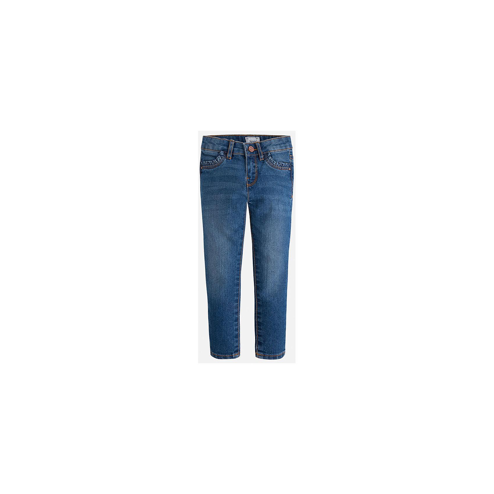 Джинсы для девочки MayoralДжинсы<br>Брюки темно-серого цвета торговой марки  Майорал-Mayoral  для девочек.<br>Стильные брюки, выполненные из чистого хлопка, украшены декоративными отворотами и шнурком. Модель дополнена прорезными боковыми карманами, а также широкой эластичной резинкой на поясе. Модель дополнит и подчеркнет повседневный образ ребенка.<br><br>Дополнительная информация:<br><br>- вид застежки: на молнии <br>- цвет: темно-синий<br>- фактура материала: текстильный<br>- покрой: прямой<br>- состав:100% хлопок<br>- уход за вещами: бережная стирка при 30 градусах<br>- рисунок: без рисунка<br>- назначение: повседневная<br>- сезон: круглогодичный<br>- пол: девочки<br>- страна бренда: Испания<br>- страна производитель:  Индия<br>- комплектация: брюки<br><br>Брюки  для девочки торгов ой марки    Майорал можно купить в нашем интернет магазине.<br><br>Ширина мм: 215<br>Глубина мм: 88<br>Высота мм: 191<br>Вес г: 336<br>Цвет: синий<br>Возраст от месяцев: 18<br>Возраст до месяцев: 24<br>Пол: Женский<br>Возраст: Детский<br>Размер: 92,110,128,134,98,104,122,116<br>SKU: 4845742