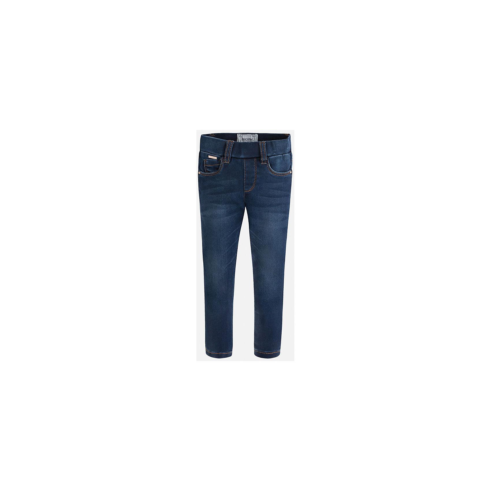 Леггинсы джинсовые для девочки MayoralЛеггинсы<br>Леггинсы - удобный и практичный вариант на каждый день, прекрасно сочетаются с любой одеждой.  Модель на эластичном поясе с резинкой дополнена пятью классическими карманами. Леггинсы Mayoral изготовлены из высококачественного материала, отлично сидят на фигуре, не сковывают движения, декорированы вышивкой на задних карманах.<br><br>Дополнительная информация:<br><br>- Регулировка по объему с помощью внутренней резинки. <br>- Покрой: прямой. <br>- 5 классических карманов.<br>- Вышивка в виде сердечек. <br>Состав: <br>- 69% хлопок, 28% полиэстер, 3% эластан.<br><br>Леггинсы для девочки Mayoral (Майорал), синие, можно купить в нашем магазине.<br><br>Ширина мм: 123<br>Глубина мм: 10<br>Высота мм: 149<br>Вес г: 209<br>Цвет: синий<br>Возраст от месяцев: 18<br>Возраст до месяцев: 24<br>Пол: Женский<br>Возраст: Детский<br>Размер: 92,122,134,128,104,116,110,98<br>SKU: 4845751