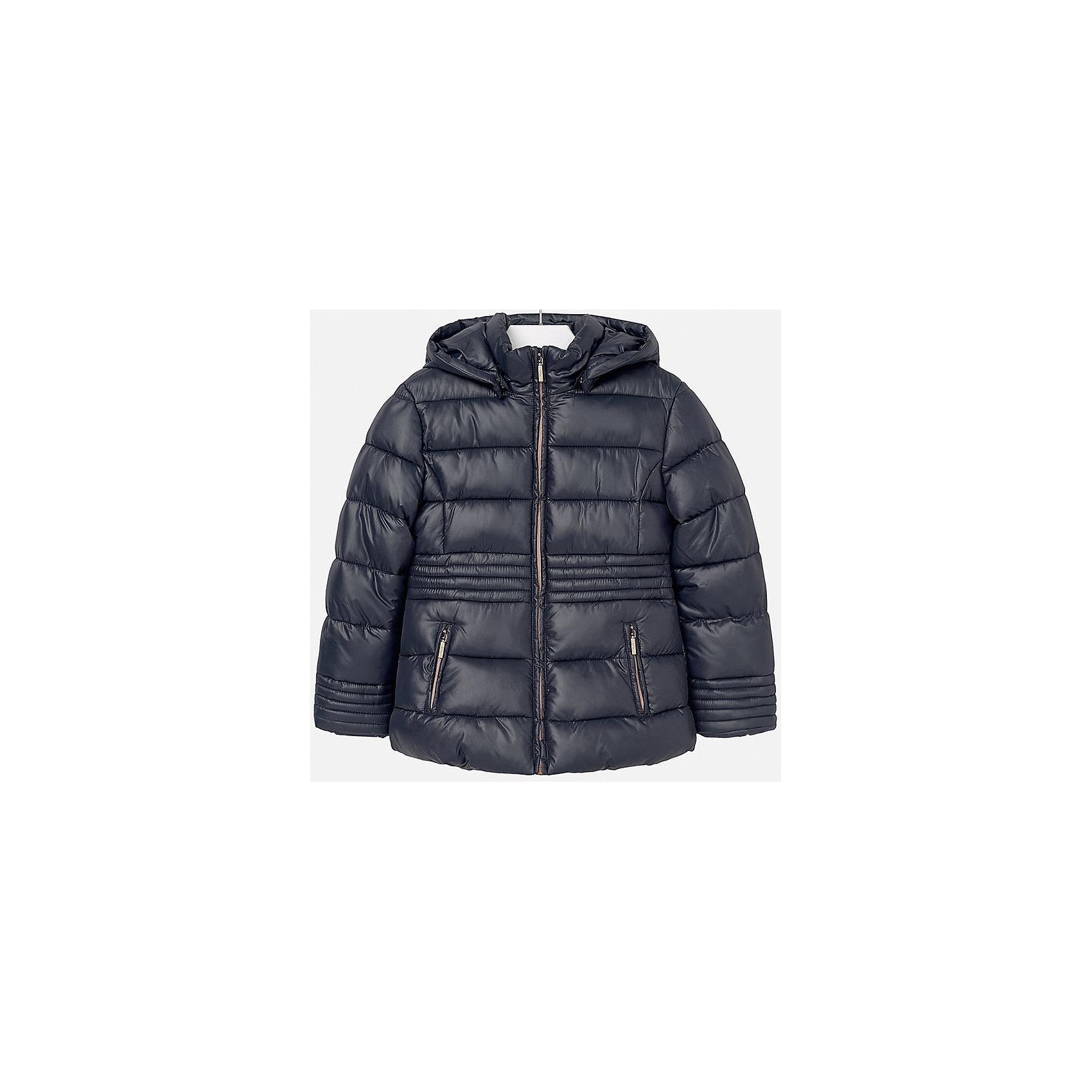Куртка для девочки MayoralВерхняя одежда<br>Куртка для девочки Mayoral отлично подойдет для холодной осени. Модель выполнена из высококачественной водоотталкивающей ткани, имеет воротник стойку надежно защищающий шею ребенка от холодного ветра, и отстегивающийся капюшон. Куртка дополнена двумя боковыми карманами на молнии и мягкую подкладку. Нейтральная расцветка позволяет модели сочетаться с любыми вещами в гардеробе. <br><br>Дополнительная информация:<br><br>- Температурный режим: от + 5? до - 5?.<br>- Сезон: демисезонная.<br>- Тип застежки: молния. <br>- Прочная водоотталкивающая ткань.<br>- Капюшон на кнопках (отстёгивается).<br>- Воротник-стойка. <br>- 2 боковых кармана на молнии. <br>Состав: <br>верх - 100% полиэстер; подкладка - 100% полиэстер; наполнитель - 100% полиэстер.<br><br>Куртка для девочки Mayoral (Майорал), темно-синюю, можно купить в нашем магазине.<br><br>Ширина мм: 356<br>Глубина мм: 10<br>Высота мм: 245<br>Вес г: 519<br>Цвет: синий<br>Возраст от месяцев: 96<br>Возраст до месяцев: 108<br>Пол: Женский<br>Возраст: Детский<br>Размер: 158/164,134/140,128/134,152/158,146/152,164/170<br>SKU: 4845943