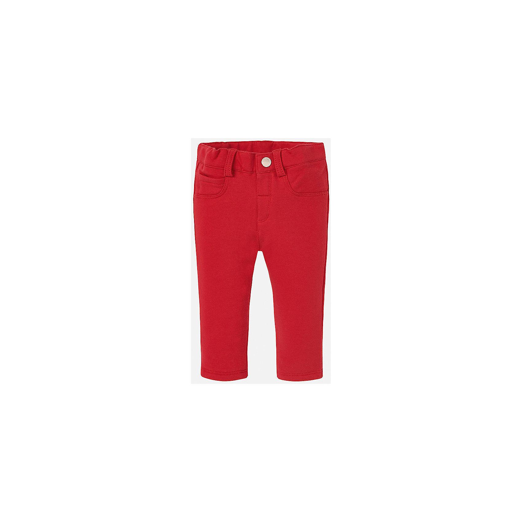 Леггинсы для девочки MayoralДжинсы и брючки<br>Яркие красные леггинсы торговой марки    Майорал -Mayoral  понравятся юным модницам. Это не только красивые брючки, но и достаточно удобные, поэтому даже самые активные девчонки смогут в них свободно двигаться, так как они не сковывают движений.<br><br>Дополнительная информация: <br><br>- состав: хлопок 57%,полиэстер 38%,эластан 5%<br>- цвет: синий<br>- параметры брючин: длина по внутреннему шву: 21 см<br>- фактура материала: трикотажный<br>- тип посадки: средняя посадка<br>- тип карманов: без карманов<br>- уход за вещами: бережная стирка при 30 градусах<br>- рисунок: без рисунка<br>- назначение: повседневная<br>- сезон: круглогодичный<br>- пол: девочки<br>- страна бренда: Испания<br>- страна производитель: Китай<br>- комплектация: леггинсы<br><br>Леггинсы торговой марки    Майорал  можно купить в нашем интернет-магазине.<br><br>Ширина мм: 123<br>Глубина мм: 10<br>Высота мм: 149<br>Вес г: 209<br>Цвет: красный<br>Возраст от месяцев: 12<br>Возраст до месяцев: 15<br>Пол: Женский<br>Возраст: Детский<br>Размер: 80,92,74,86<br>SKU: 4845984