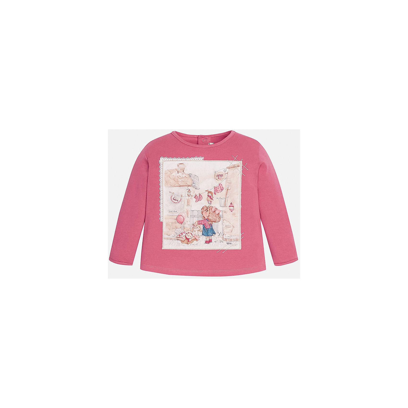 Футболка с длинным рукавом для девочки MayoralКофточки и распашонки<br>Футболка для девочки от известного испанского бренда Mayoral (Майорал). Эта модная и удобная футболка с длинным рукавом сочетает в себе стиль и простоту. Приятный насыщенный розовый цвет и нежный фото-принт с девочкой придут по вкусу вашей моднице. У футболки свободный крой, слегка расширяющийся к низу. Футболка застегивается сзади на две кнопочки. Отличное пополнение для сезона осень-зима. К этой футболке подойдут как классические юбки и брюки, так и джинсы или штаны спортивного кроя. <br><br>Дополнительная информация:<br><br>- Силуэт: расширяющийся к низу<br>- Рукав: укороченный<br>- Длина: средняя<br><br>Состав: 92% хлопок, 8% эластан<br><br>Футболку для девочки Mayoral (Майорал) можно купить в нашем интернет-магазине.<br><br>Подробнее:<br>• Для детей в возрасте: от 4 до 9 лет<br>• Номер товара: 4846019<br>Страна производитель: Индия<br><br>Ширина мм: 199<br>Глубина мм: 10<br>Высота мм: 161<br>Вес г: 151<br>Цвет: розовый<br>Возраст от месяцев: 6<br>Возраст до месяцев: 9<br>Пол: Женский<br>Возраст: Детский<br>Размер: 74,80,86,92<br>SKU: 4846019