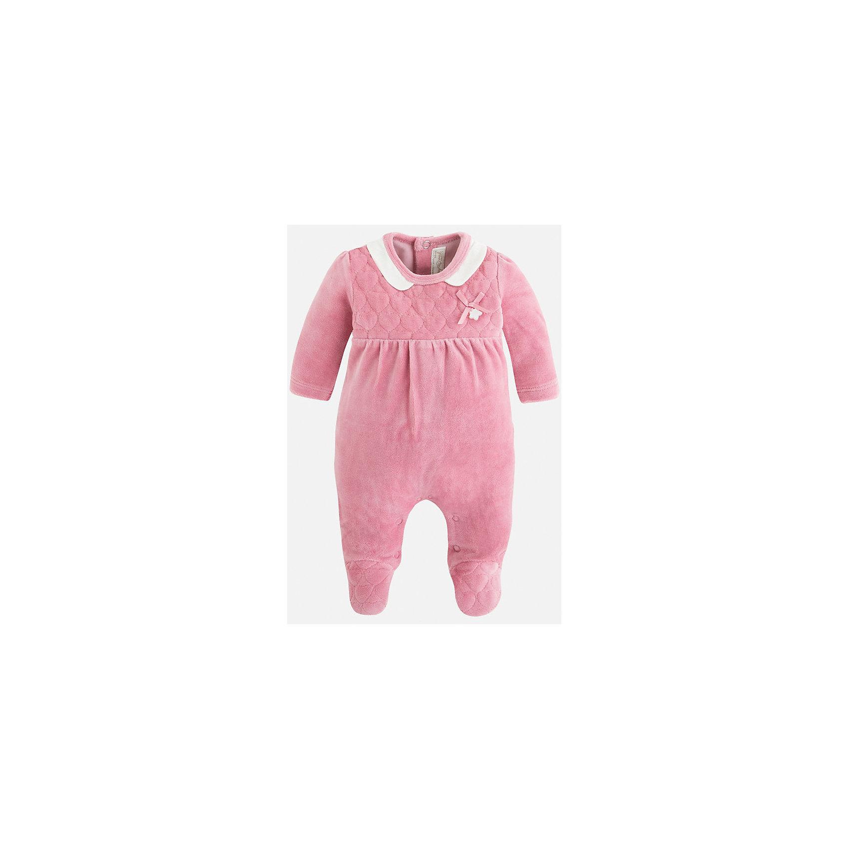Комбинезон для девочки MayoralПижамы для малышей<br>Очаровательная розовая пижамка для новорожденной малышки. Изделие украшено маленьким бантиком. Застежки-кнопки по всей длине модели позволяют легко снимать и одевать пижаму. У пижамы закрытые ножки и открытые ручки.<br><br>Дополнительная информация: <br><br>- цвет:  розовый<br>- состав: хлопок 80%, полиэстер 20%; подкладка: хлопок: 100%<br>- длина рукава: длинные<br>- фактура материала: текстильный<br>- вид застежки: кнопки<br>- уход за вещами: бережная стирка при 30 градусах<br>- рисунок: без  рисунка<br>- назначение: повседневная<br>- сезон: круглогодичный<br>- пол: девочки<br>- страна бренда: Испания<br>- комплектация: пижама<br><br>Пижаму для девочки торговой марки    Майорал  можно купить в нашем интернет-магазине.<br><br>Ширина мм: 281<br>Глубина мм: 70<br>Высота мм: 188<br>Вес г: 295<br>Цвет: красный<br>Возраст от месяцев: 24<br>Возраст до месяцев: 36<br>Пол: Женский<br>Возраст: Детский<br>Размер: 50,68,62,56<br>SKU: 4846119