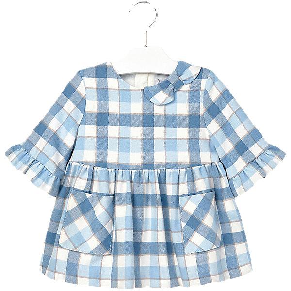Платье для девочки MayoralПлатья<br>Очаровательно клетчатое платье займет достойное место в гардеробе юной модницы. Модель декорирована кокетливым бантиком на плече и оборками на рукавах, имеет пышную юбку со складками, дополнена двумя накладными карманами спереди. Прекрасный вариант для любого случая! <br><br>Дополнительная информация:<br><br>- Длинный рукав .<br>- Округлый вырез горловины. <br>- Клетчатый принт.<br>- Кокетливый бантик на плече.<br>- 2 кармана. <br>- Застегивается на потайную молнию на спине.<br>Состав:<br>- верх - 66% полиэстер, 32% вискоза, 2% эластан; подкладка - 50% хлопок, 50% полиэстер. <br><br>Платье для девочки Mayoral (Майорал) можно купить в нашем магазине.<br><br>Ширина мм: 236<br>Глубина мм: 16<br>Высота мм: 184<br>Вес г: 177<br>Цвет: синий<br>Возраст от месяцев: 6<br>Возраст до месяцев: 9<br>Пол: Женский<br>Возраст: Детский<br>Размер: 74,92,80,86<br>SKU: 4846372