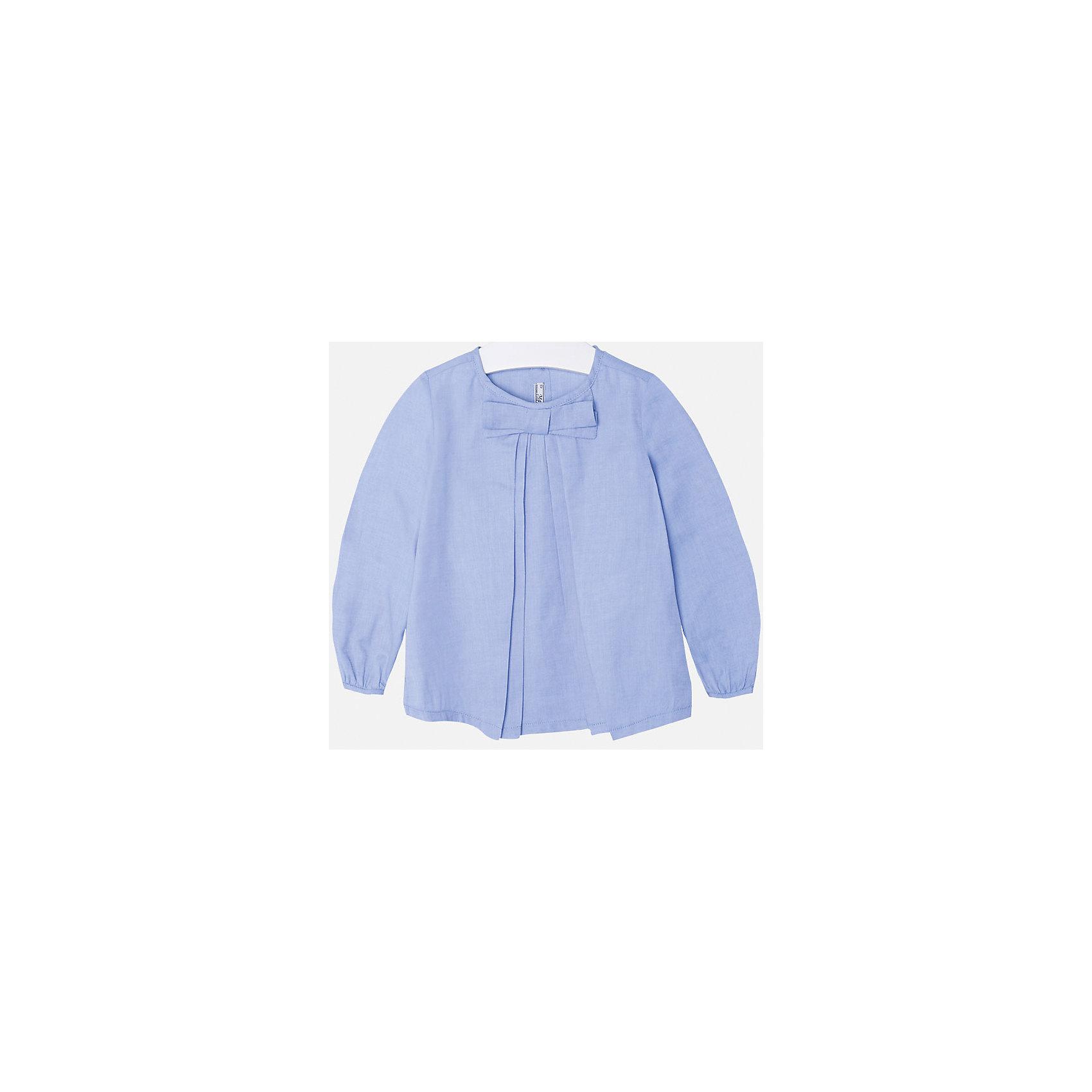 Блузка для девочки MayoralБлузки и рубашки<br>Блуза нежно-голубого цвета  торговой марки    Майорал -Mayoral. Блуза свободного  кроя, выполнена из чистого хлопка, и декорирована милым бантиком. На спинке по всей длине имеются пуговицы. Модель прекрасно дополнит  и подчеркнет ежедневный и школьный образ Вашей девочки.<br><br>Дополнительная информация:<br><br>- вид застежки: пуговицы<br>- длина рукава: длинные<br>- фактура материала: текстильный<br>- длина изделия: по спинке: 48 см<br>- покрой: прямой<br>- состав: 100% хлопок<br>- уход за вещами: бережная стирка при 30 градусах<br>- рисунок: без рисунка<br>- назначение: повседневная<br>- сезон: круглогодичный<br>- пол: девочки<br>- страна бренда: Испания<br>- страна производитель:  Марокко<br>- комплектация: блузка<br><br>Блуза для девочки  торговой марки    Майорал можно купить в нашем интернет магазине<br><br>Ширина мм: 186<br>Глубина мм: 87<br>Высота мм: 198<br>Вес г: 197<br>Цвет: синий<br>Возраст от месяцев: 72<br>Возраст до месяцев: 84<br>Пол: Женский<br>Возраст: Детский<br>Размер: 122,134,110,128,104,98,116<br>SKU: 4846563