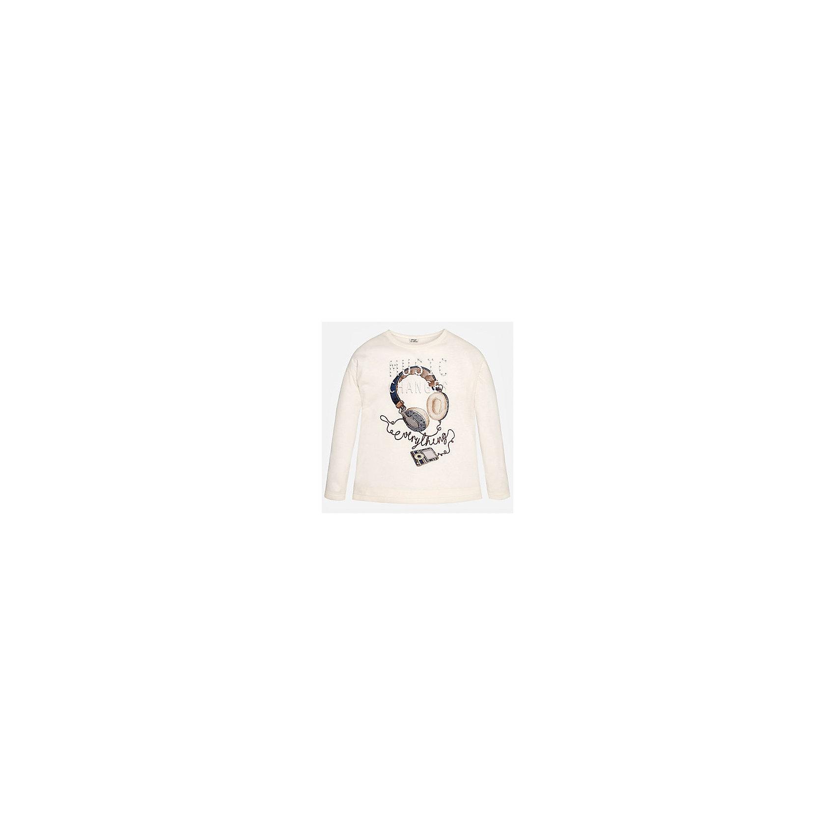 Футболка для девочки MayoralСовременная  футболка с длинным рукавом торговой марки    Майорал -Mayoral для девочек. Футболка с длинным рукавом, выполненная из хлопка и с добавлением полиэстера, декорирована принтом с изображением молодежных гатжетов. Резинка на подоле, воротнике и манжетах. В такой футболке Ваша девочка необычайно модной.<br><br>Дополнительная информация: <br><br>- цвет: молочный<br>- состав: хлопок 50%,  полиэстер:50%<br>- фактура материала: текстильный<br>- тип карманов: без карманов<br>- уход за вещами: бережная стирка при 30 градусах<br>- рисунок: с рисунком<br>- назначение: повседневная<br>- сезон: круглогодичный<br>- пол: девочки<br>- страна бренда: Испания<br>- комплектация: футболка<br><br>Футболку для девочки торговой марки Mayoral можно купить в нашем интернет-магазине.<br>Современная  футболка с длинным рукавом торговой марки    Майорал -Mayoral для девочек. Футболка с длинным рукавом, выполненная из хлопка и с добавлением полиэстера, декорирована принтом с изображением молодежных гатжетов. Резинка на подоле, воротнике и манжетах. В такой футболке Ваша девочка необычайно модной.<br><br>Дополнительная информация: <br><br>- цвет: молочный<br>- состав: хлопок 50%,  полиэстер:50%<br>- фактура материала: текстильный<br>- тип карманов: без карманов<br>- уход за вещами: бережная стирка при 30 градусах<br>- рисунок: с рисунком<br>- назначение: повседневная<br>- сезон: круглогодичный<br>- пол: девочки<br>- страна бренда: Испания<br>- комплектация: футболка<br><br>Футболку для девочки торговой марки Mayoral можно купить в нашем интернет-магазине.<br><br>Ширина мм: 199<br>Глубина мм: 10<br>Высота мм: 161<br>Вес г: 151<br>Цвет: белый<br>Возраст от месяцев: 132<br>Возраст до месяцев: 144<br>Пол: Женский<br>Возраст: Детский<br>Размер: 134/140,158/164,152/158,164/170,146/152,128/134<br>SKU: 4847082