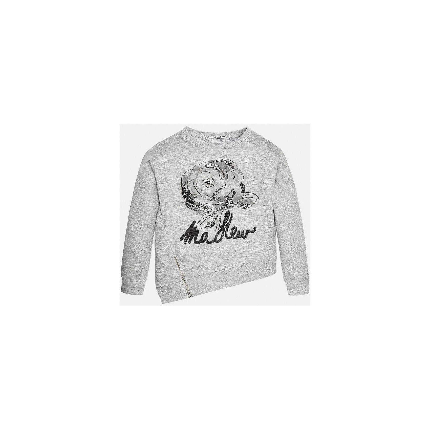 Свитер для девочки MayoralСвитер для девочки от популярного испанского бренда Mayoral(Майорал) изготовлен из качественных дышащих материалов. Дизайн приятно порадует вас и ребенка. Ассиметричный подол, принт, стразы, пайетки, молния - в этом свитере есть все, что нужно для стильного и оригинального образа!<br>Дополнительная информация:<br>-ассиметричный подол<br>-украшен принтом, стразами и пайетками<br>-цвет: серый<br>-состав: 65% полиэстер, 35% хлопок<br>Свитер для девочки Mayoral(Майорал) вы можете приобрести в нашем интернет-магазине.<br><br>Ширина мм: 190<br>Глубина мм: 74<br>Высота мм: 229<br>Вес г: 236<br>Цвет: серый<br>Возраст от месяцев: 132<br>Возраст до месяцев: 144<br>Пол: Женский<br>Возраст: Детский<br>Размер: 134/140,128/134,152/158,158/164,164/170,146/152<br>SKU: 4847220