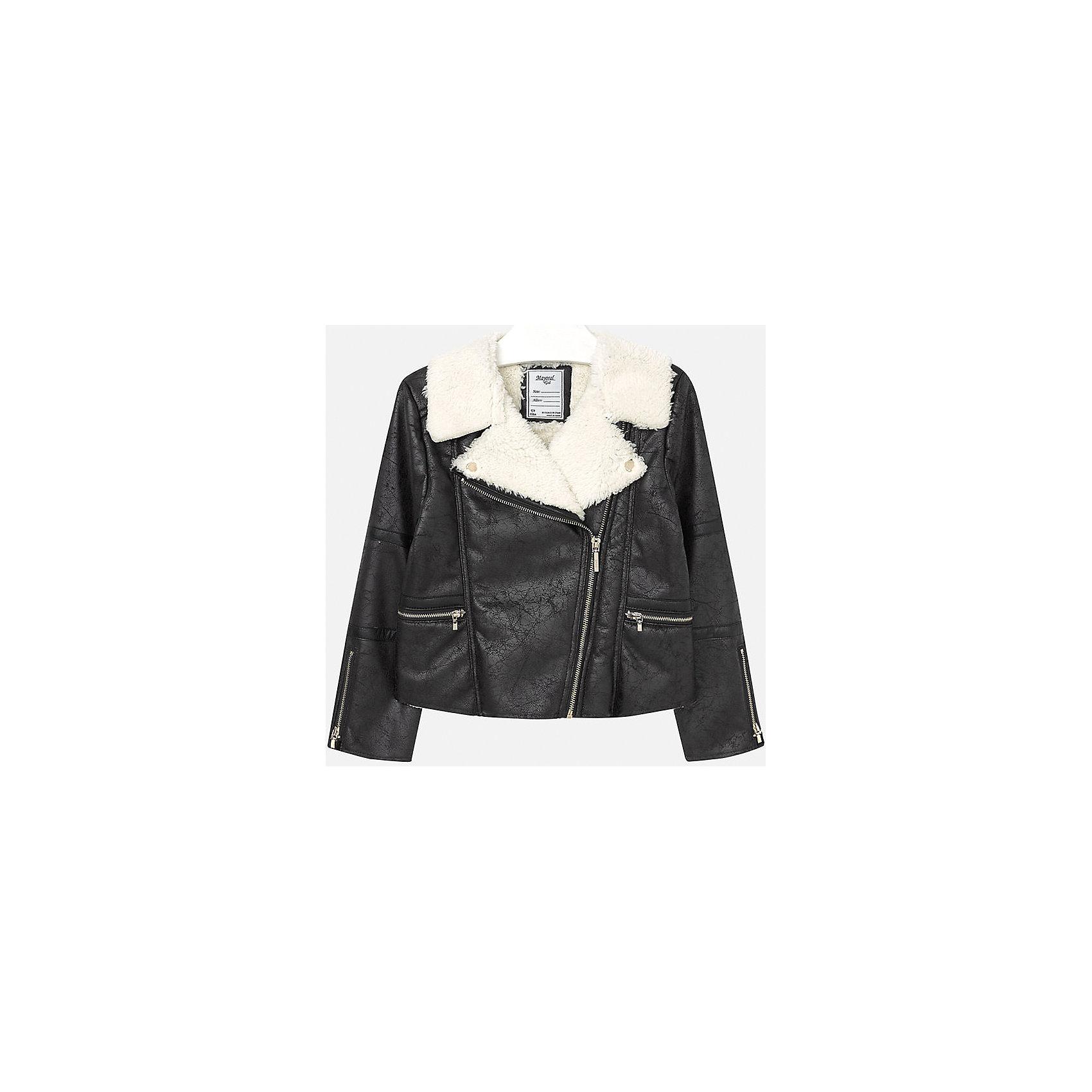 Куртка для девочки MayoralВерхняя одежда<br>Куртка для девочки от популярного испанского бренда Mayoral(Майорал). Стильная куртка из искусственной замши с эффектом потертостей, украшена искусственным мехом на вороте. Застегивается на молнии спереди и на рукавах. Лучшее сочетание стиля и простоты!<br>Дополнительная информация:<br>-застегивается на молнию<br>-эффект потертости<br>-цвет: черный<br>-состав: 100% полиэстер<br>Куртку Mayoral(Майорал) вы можете приобрести в нашем интернет-магазине.<br><br>Ширина мм: 356<br>Глубина мм: 10<br>Высота мм: 245<br>Вес г: 519<br>Цвет: черный<br>Возраст от месяцев: 156<br>Возраст до месяцев: 168<br>Пол: Женский<br>Возраст: Детский<br>Размер: 158/164,134/140,164/170,152/158,128/134,146/152<br>SKU: 4847283