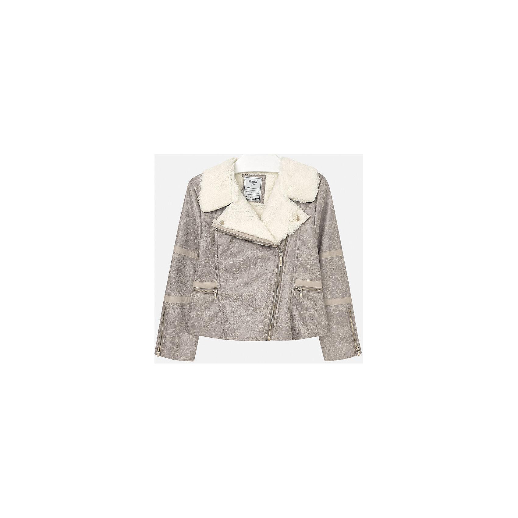 Куртка для девочки MayoralВерхняя одежда<br>Куртка для девочки от популярного испанского бренда Mayoral(Майорал). Стильная куртка из искусственной замши с эффектом потертостей, украшена искусственным мехом на вороте. Застегивается на молнии спереди и на рукавах. Лучшее сочетание стиля и простоты!<br>Дополнительная информация:<br>-застегивается на молнию<br>-эффект потертости<br>-цвет: серый<br>-состав: 100% полиэстер<br>Куртку Mayoral(Майорал) вы можете приобрести в нашем интернет-магазине.<br><br>Ширина мм: 356<br>Глубина мм: 10<br>Высота мм: 245<br>Вес г: 519<br>Цвет: бежевый<br>Возраст от месяцев: 96<br>Возраст до месяцев: 108<br>Пол: Женский<br>Возраст: Детский<br>Размер: 146/152,158/164,128/134,164/170,134/140,152/158<br>SKU: 4847290