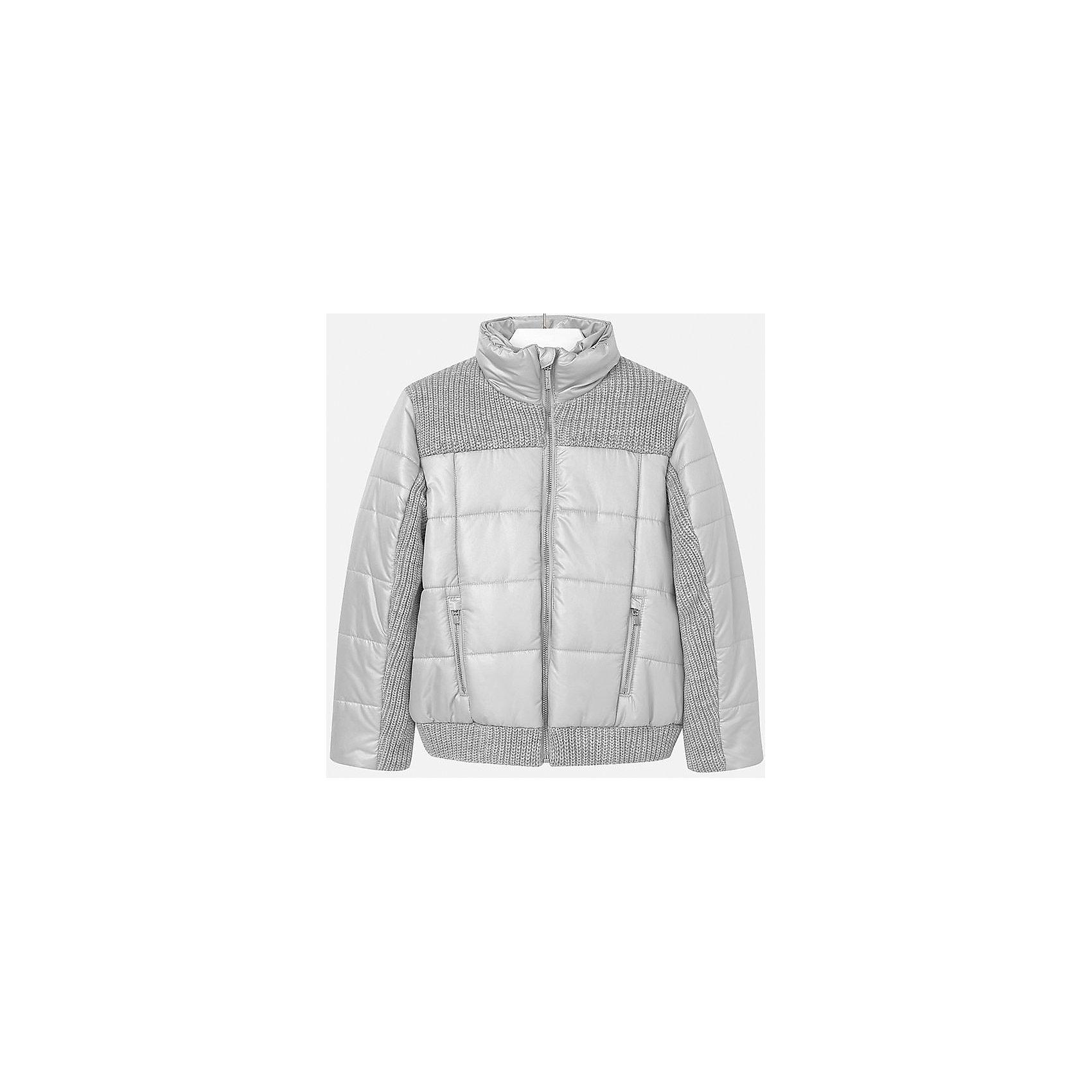 Куртка для девочки MayoralВерхняя одежда<br>Куртка для девочки от популярного испанского бренда Mayoral(Майорал). Изготовлена из материалов, способных сохранять тепло. Приятный дизайн с вязаными вставками. Модель застегивается на молнию, спереди есть два кармана. Такая курточка прекрасно подойдет к любой детали гардероба девочки!<br>Дополнительная информация:<br>-застегивается на молнию<br>-вязаные вставки на груди, рукавах и подоле<br>-цвет: серый<br>-состав. 70% полиэстер, 30% акрил; подкладка: 100% полиэстер<br>Куртку Mayoral(Майорал) вы можете приобрести в нашем интернет-магазине.<br><br>Ширина мм: 356<br>Глубина мм: 10<br>Высота мм: 245<br>Вес г: 519<br>Цвет: серый<br>Возраст от месяцев: 132<br>Возраст до месяцев: 144<br>Пол: Женский<br>Возраст: Детский<br>Размер: 134/140,128/134,146/152,164/170,152/158,158/164<br>SKU: 4847304