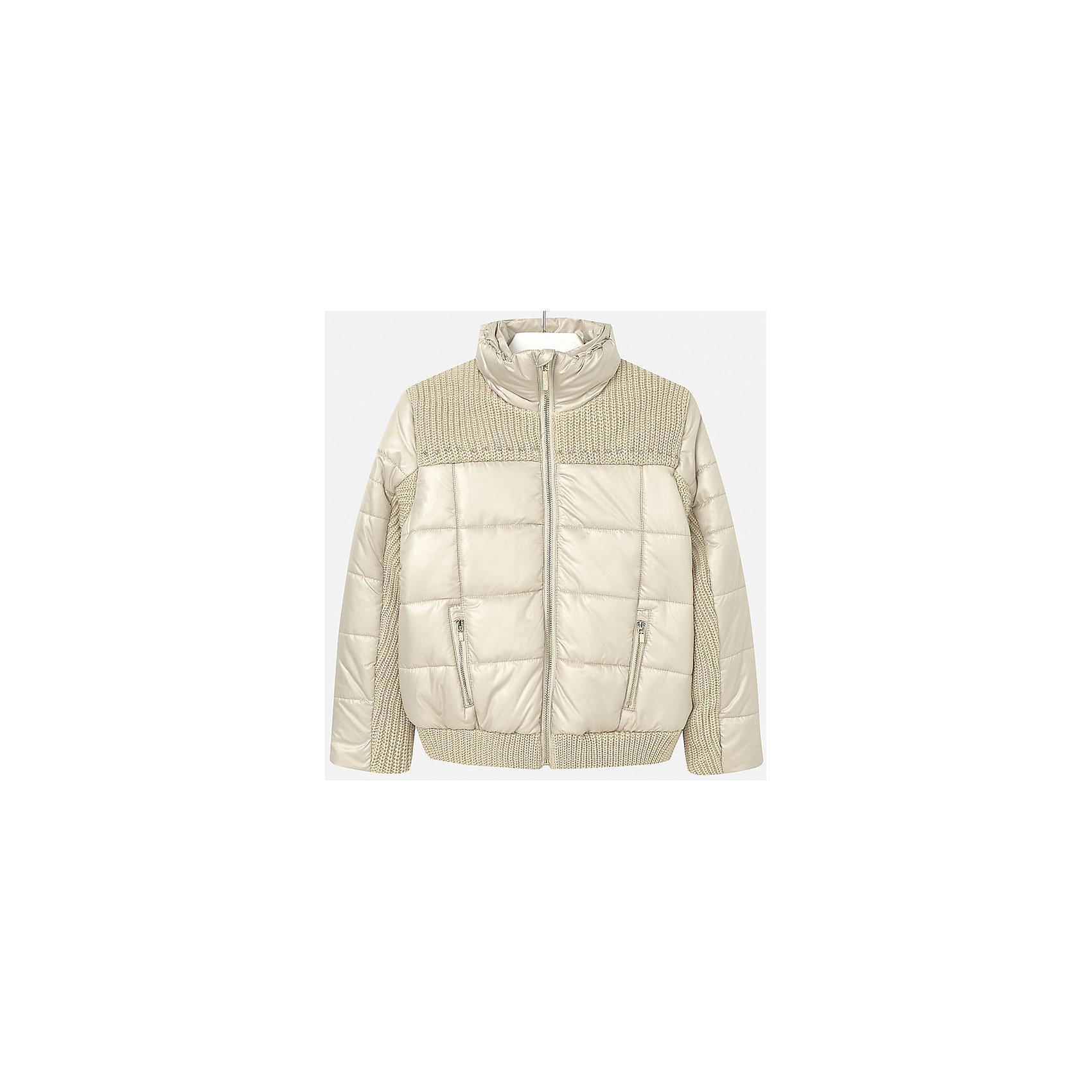 Куртка для девочки MayoralВерхняя одежда<br>Куртка для девочки от популярного испанского бренда Mayoral(Майорал). Изготовлена из материалов, способных сохранять тепло. Приятный дизайн с вязаными вставками. Модель застегивается на молнию, спереди есть два кармана. Такая курточка прекрасно подойдет к любой детали гардероба девочки!<br>Дополнительная информация:<br>-застегивается на молнию<br>-вязаные вставки на груди, рукавах и подоле<br>-цвет: золотой<br>-состав. 70% полиэстер, 30% акрил; подкладка: 100% полиэстер<br>Куртку Mayoral(Майорал) вы можете приобрести в нашем интернет-магазине.<br><br>Ширина мм: 356<br>Глубина мм: 10<br>Высота мм: 245<br>Вес г: 519<br>Цвет: желтый<br>Возраст от месяцев: 96<br>Возраст до месяцев: 108<br>Пол: Женский<br>Возраст: Детский<br>Размер: 128/134,146/152,152/158,164/170,134/140,158/164<br>SKU: 4847311