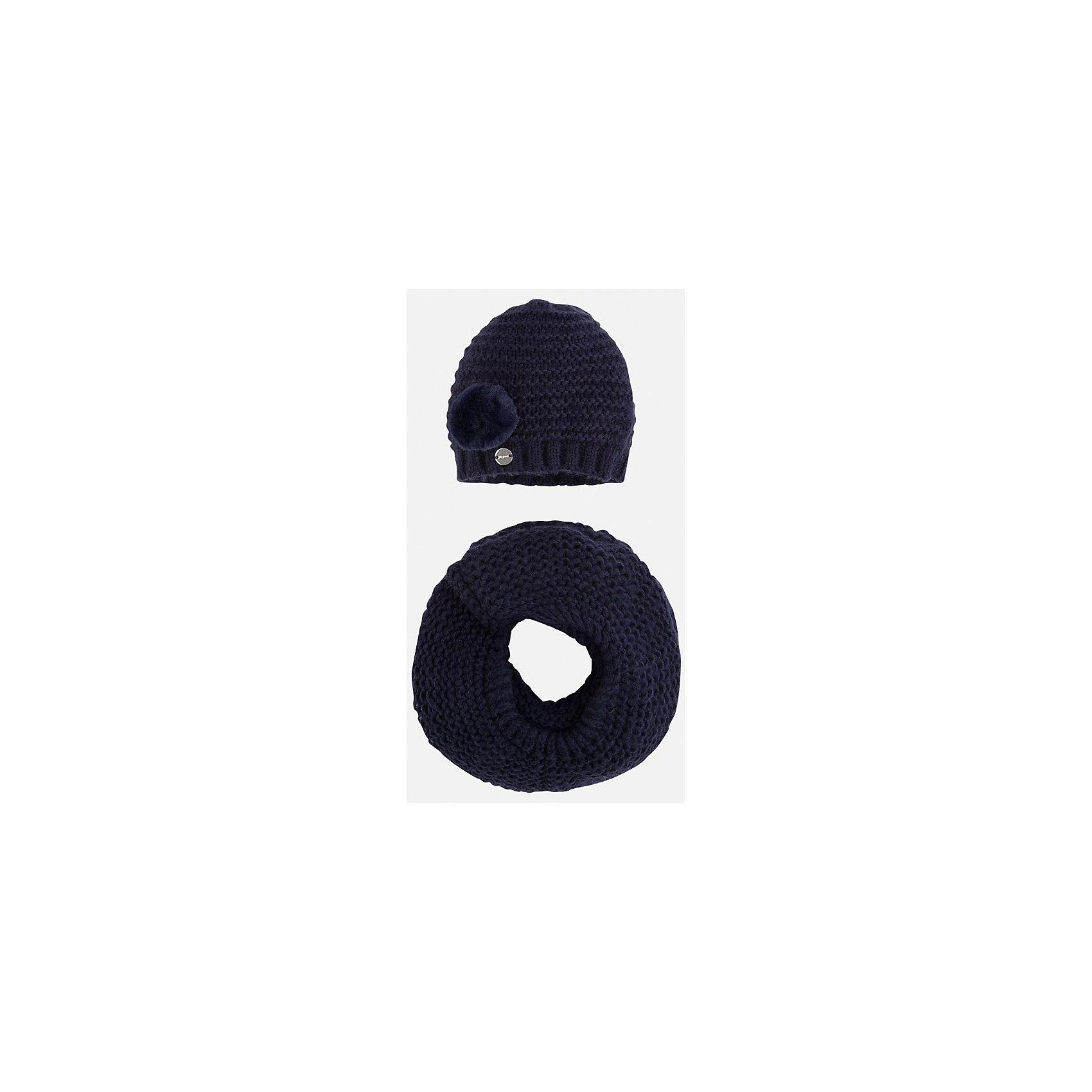 Комплект:шапка и шарф для девочки MayoralЗимние<br>Комплект: шапка и шарф для девочки Mayoral от известного испанского бренда Mayoral. Вязаный комплект выполнен из акриловой пряжи с добавлением полиамида, что обеспечивает высокую износоустойчивость, сохранение формы и цвета даже при длительном использовании. Комплект состоит из шапки и шарфа, связанных крупной вязкой. Шапка имеет классическую форму, сбоку имеется небольшой помпон, выполненный из меха. <br><br>Дополнительная информация:<br><br>- Предназначение: повседневная одежда<br>- Комплектация: шапка, шарф<br>- Цвет: темно-синий<br>- Пол: для девочки<br>- Состав: 87% акрил, 13% полиамид<br>- Сезон: осень-зима-весна<br>- Особенности ухода: стирка при температуре 30 градусов, разрешается химическая чистка, глажение <br><br>Подробнее:<br><br>• Для детей в возрасте: от 2 лет и до 9 лет<br>• Страна производитель: Китай<br>• Торговый бренд: Mayoral<br><br>Комплект: шапка и шарф для девочки Mayoral (Майорал) можно купить в нашем интернет-магазине.<br><br>Ширина мм: 89<br>Глубина мм: 117<br>Высота мм: 44<br>Вес г: 155<br>Цвет: синий<br>Возраст от месяцев: 48<br>Возраст до месяцев: 72<br>Пол: Женский<br>Возраст: Детский<br>Размер: 52-54,54-56,48-50<br>SKU: 4847806