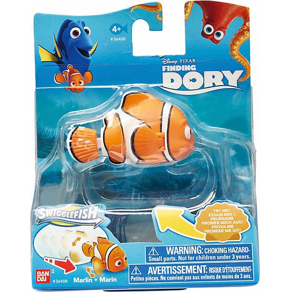 Функциональная фигурка Марлин, 5-8см, В поисках ДориФигурки из мультфильмов<br>Характеристики:<br><br>• тип игрушки: фигурка;<br>• возраст: от 3 лет;<br>• размер: 12х6х16 см;<br>• материал: пластик;<br>• тип упаковки: пакет;<br>• бренд: Bandai;<br>• страна производства: Китай.<br><br> «В поисках Дори» - Функциональная фигурка Марлин – это коллекционная и игровая фигурка, которая понравится детям от трех лет. Игрушки выполнены в виде небольших фигурок, ярких и красочных. Каждая изображает одного из персонажей мультфильма.<br><br>В нем в главной роли выступит симпатичная рыбка Дори, она снова отправится в путешествие бок о бок с Марлином. Вместе они попытаются отыскать семью Дори, а заодно познакомятся с новыми персонажами и обретут новых друзей.<br><br>Ассортимент состоит из 6 фигурок с изображением одного из героев - очаровательную Дори, любопытного Немо, белуху Бейли, дружелюбного осьминога Хэнка и Китовую акулу Кей Ди. Игрушки функциональны умеют двигать плавниками и хвостами, благодаря чему играть с ними еще веселее и интереснее.<br><br> «В поисках Дори» - Функциональная фигурка Марлин можно купить в нашем интернет-магазине.<br>Ширина мм: 125; Глубина мм: 160; Высота мм: 65; Вес г: 92; Возраст от месяцев: 36; Возраст до месяцев: 120; Пол: Унисекс; Возраст: Детский; SKU: 4849984;