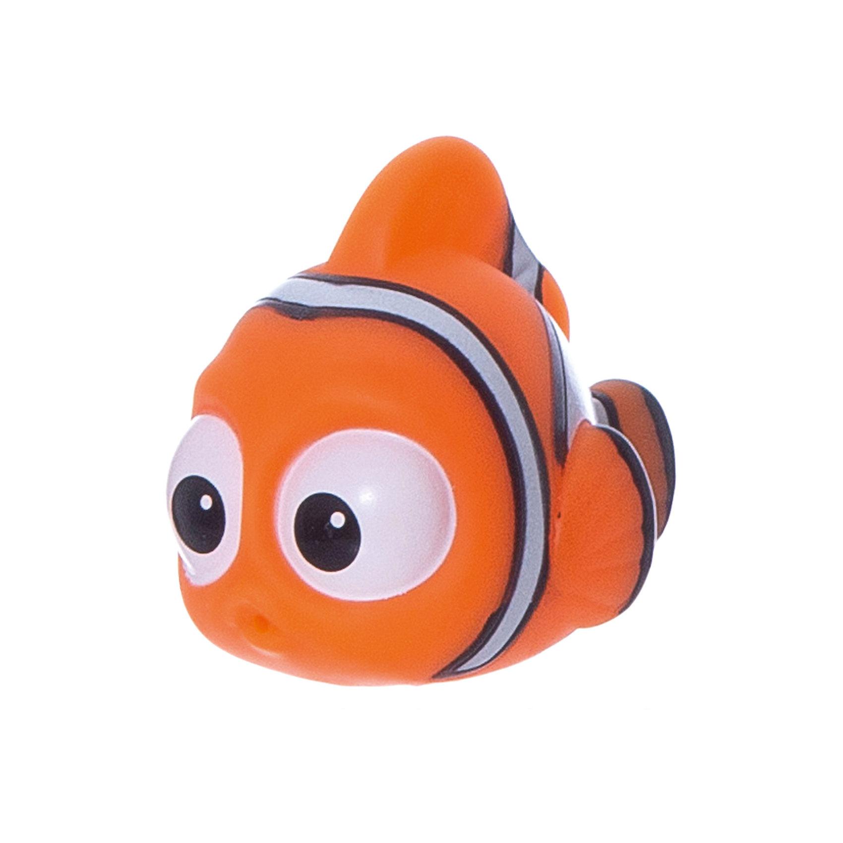 Подводный обитатель-брызгалка Марлин, 7-10см, В поисках ДориВ поисках Дори<br>Подводный обитатель-брызгалка Марлин, 7-10см, В поисках Дори<br><br>Характеристики:<br><br>• Размер упаковки: 10х4х7 см<br>• Вес : 71 г.<br>• Цвет: голубой.<br><br>Подводный обитатель - забавная игрушка-брызгалка, с которой купание станет для ребенка веселой, увлекательной игрой! Набрав в рыбку воду, можно затем брызгать струей, нажав на нее. Отверстие располагается у рыбки во рту. Игрушка выполнена из мягкого материала, ее длина составляет от 7 до 10 см. Такая игрушкой сделает купание вашего малыша веселым и забавным.<br><br>Подводного обитателя - брызгалку Марлин, 7-10см, В поисках Дори, можно купить в нашем интернет – магазине.<br><br>Ширина мм: 100<br>Глубина мм: 70<br>Высота мм: 40<br>Вес г: 71<br>Возраст от месяцев: 36<br>Возраст до месяцев: 120<br>Пол: Унисекс<br>Возраст: Детский<br>SKU: 4849989