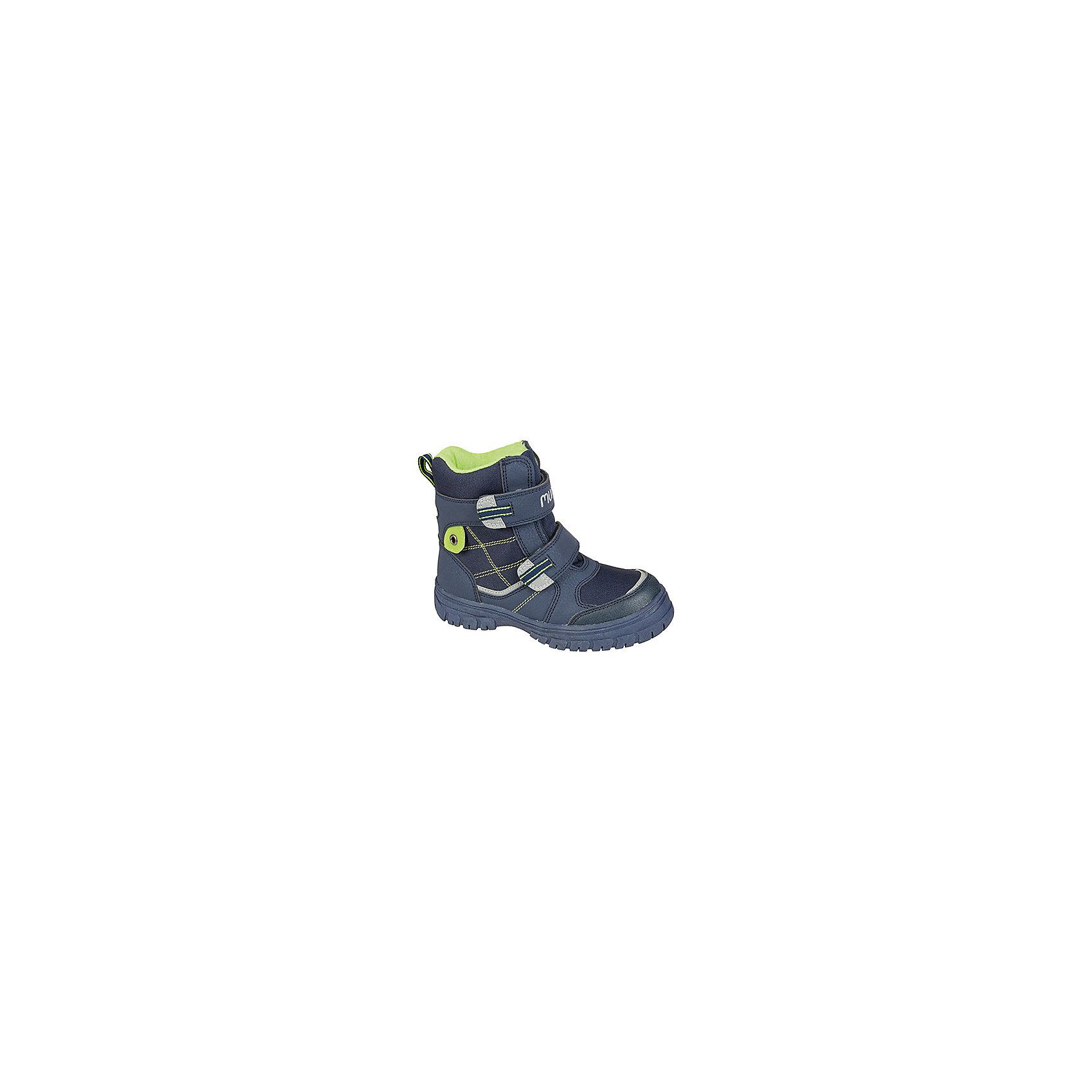 Ботинки для мальчика MursuОбувь<br>Ботинки для мальчика Mursu (Мурсу)<br><br>Характеристики:<br><br>• цвет: синий<br>• температурный режим до -25С<br>• материал верха: искусственная кожа, текстиль<br>• внутренний материал: шерсть, мембрана<br>• стелька: шерсть<br>• подошва: ТЭП<br>• две застежки-липучки<br>• сезон: зима<br><br>Ботинки Mursu (Мурсу) изготовлены из искусственной кожи и текстиля. Двойные швы гарантируют обуви долговечность и прочность. Ботинки имеют устойчивую подошву, уплотненный носок и задник и две застежки-липучки спереди. Мембрана не даст холодному воздуху проникнуть внутрь, а шерстяная подкладка и стелька подарят тепло и комфорт. Стильные ботиночки идеально подойдут для зимних прогулок!<br><br>Ботинки для мальчика Mursu (Мурсу) можно купить в нашем интернет-магазине.<br><br>Ширина мм: 262<br>Глубина мм: 176<br>Высота мм: 97<br>Вес г: 427<br>Цвет: синий<br>Возраст от месяцев: 132<br>Возраст до месяцев: 144<br>Пол: Мужской<br>Возраст: Детский<br>Размер: 35,34,33,32,36,37<br>SKU: 4861372