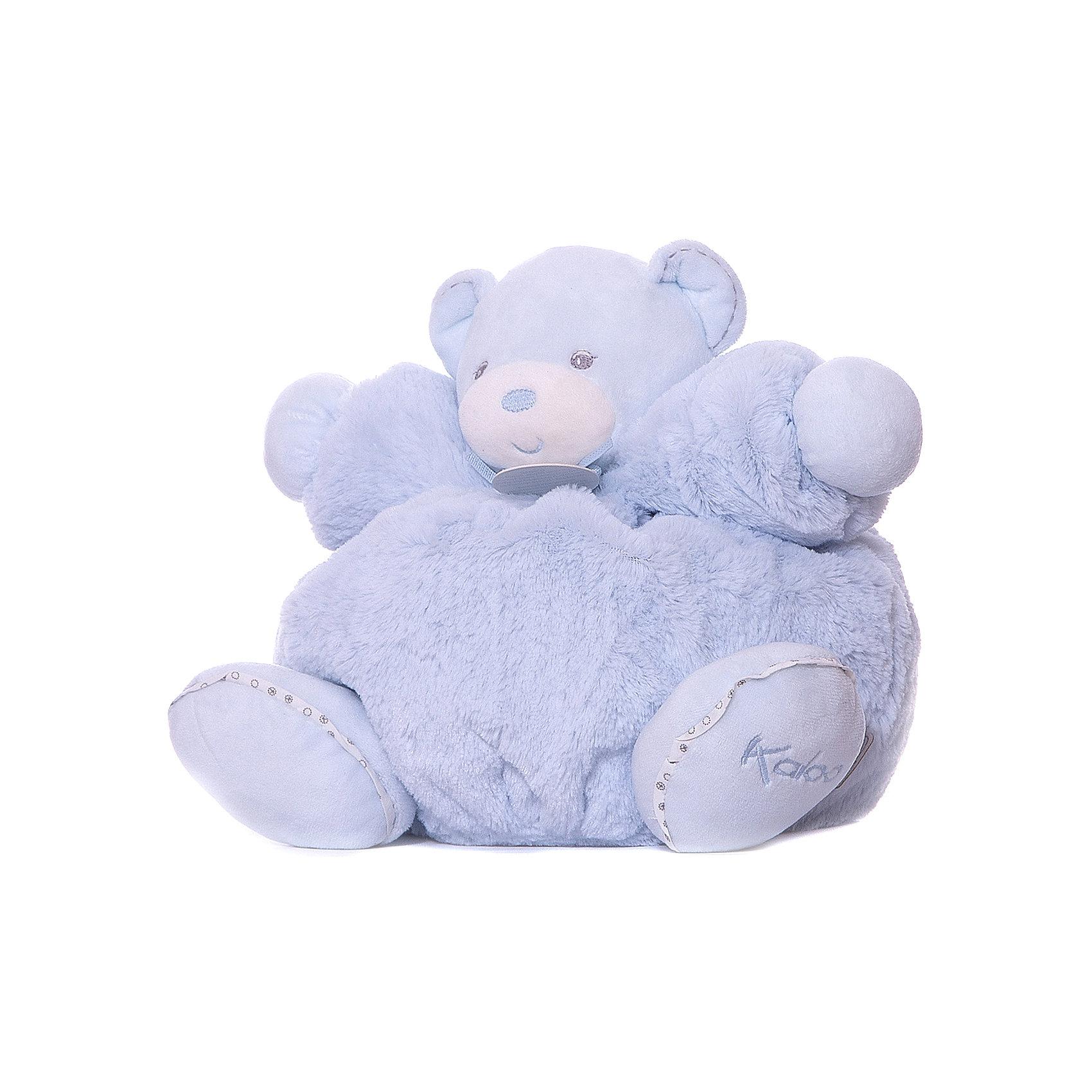 Мишка большой голубой, коллекция Жемчуг, KalooМедвежата<br>Этот прекрасный мишка Kaloo нежно голубого цвета станет отличным подарком на любой праздник и сразу привлечет внимание малыша. <br>Медвежонок выполнен из качественных, гипоаллергенных материалов, которые безопасны для здоровья ребенка, а так же очень приятны на ощупь. <br>Игра с мягкими игрушками поможет ребенку развить моторику и тактильное восприятие.<br><br>Дополнительная информация:<br><br>-Материал: ткань, искусственный мех<br>-Высота игрушки: 30 см<br>-Вес: 0.3 кг<br>-Размер упаковки: диаметр 25 см<br><br>Большого голубого мишку, коллекции Жемчуг, Kaloo можно купить в нашем интернет-магазине.<br><br>Ширина мм: 280<br>Глубина мм: 40<br>Высота мм: 340<br>Вес г: 400<br>Возраст от месяцев: 0<br>Возраст до месяцев: 1188<br>Пол: Унисекс<br>Возраст: Детский<br>SKU: 4862334