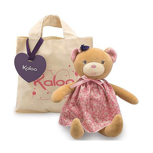 Мишка в сумочке, коллекция Розочка, KalooМягкие игрушки животные<br>Милый медвежонок Kaloo в красивом платье с бантиком, станет прекрасным подарком для юной принцессы. <br>Удобная сумочка, которая входит в комплект, позволит брать игрушку на прогулку, чтобы ребенок никогда не расставался со своим плющевым другом.<br><br>Дополнительная информация:<br><br>-Материал: ткань, искусственный мех<br>-Высота игрушки: 28 см<br>-Вес: 0.3 кг<br>-Размер упаковки: 18х18 см<br><br>Мишку в сумочке, коллекции Розочка, Kaloo можно купить в нашем интернет-магазине.<br><br>Ширина мм: 200<br>Глубина мм: 40<br>Высота мм: 250<br>Вес г: 400<br>Возраст от месяцев: 0<br>Возраст до месяцев: 1188<br>Пол: Унисекс<br>Возраст: Детский<br>SKU: 4862347