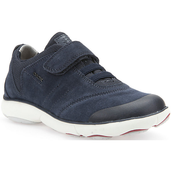 Кроссовки для мальчика GEOXКроссовки<br>Кроссовки для мальчика от знаменитого итальянского бренда взрослой и детской одежды и обуви GEOX (Геокс). Прогулки станут еще веселее! Кроссовки представлены в классическом темно-синем цвете, который отлично сочетается с белой подошвой. Идеальные для игр, кроссовки имеют все необходимое для удобства и комфорта ребенка в течение всего дня. Разработанная технология подошвы кроссовок не позволяет им скользить, амортизирует шаги, не пропускает воду и позволяет стопе дышать. Мягкая подошва отлично гнется, обеспечивая безопасность шагов малыша, поддерживая стопу, позволяя стоять более уверенно и оставляя свободу движения. Эргономичная кожаная антибактериальная стелька и высокий задник хорошо фиксируют голеностоп и удобны в носке. Внутренний материал позволяют легко надевать и снимать кроссовки, застегивая на практичную липучку. Кроссовки сохраняют тепло ног ребенка и оставляют их сухими, позволяя им дышать. <br>Дополнительная информация:<br>- Состав:<br>верх:  70% натуральная кожа, 26% текстиль, 4% синтетика<br>подкладка: 89% текстиль, 6% синтетика, 5 % синтетика<br>стелька: натуральная кожа <br>подошва: резина<br>Кроссовки для мальчика GEOX (Геокс) можно купить в нашем магазине.<br>Подробнее:<br>• Для детей в возрасте: от 6 до 11 лет<br>• Номер товара: 4865118<br>Страна производитель: Вьетнам<br>Ширина мм: 250; Глубина мм: 150; Высота мм: 150; Вес г: 250; Цвет: синий; Возраст от месяцев: 60; Возраст до месяцев: 72; Пол: Мужской; Возраст: Детский; Размер: 29,38,34,35,28,32,33,30,41,40,39,37,36,31,27; SKU: 4865118;