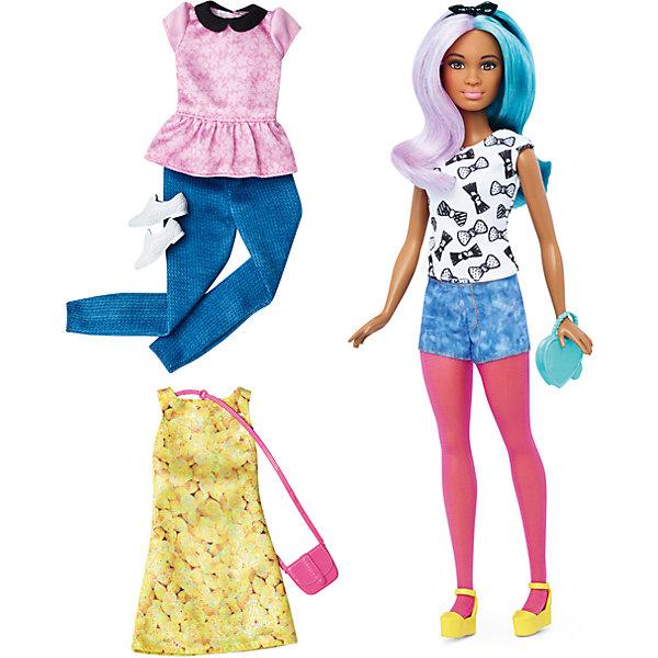 Кукла + набор одежды, BarbieКуклы<br>Кукла + набор одежды, Barbie - потрясающая игрушка от компании Mattel.<br>Такая куколка непременно привлечет внимание Вашей девочки. На этот раз кукла обладает смуглой кожей и карими глазами. Длинные сиренево-голубые волосы, так легко расчесывать и укладывать в разные прически. В набор входят вещи и аксессуары  необходимые для придания неповторимого стиля кукле: модное коктейльное платье, две пары обуви, 2 сумочки и два комплекта повседневной одежды. Голова и конечности игрушки подвижны, благодаря чему она может принимать различные позы. Изделие выполнено из высококачественных материалов и является совершенно безопасным для здоровья ребенка.<br>Порадуйте свою девочку таким подарком - Кукла + набор одежды, Barbie!<br> В набор входит:<br>•  кукла;<br>• платье;<br>• 2 сумки, 2 пары обуви;<br>• Два комплекта одежды.<br><br>Дополнительная информация:<br>• Материал: текстиль, пластик.<br>• Размер упаковки: 25.5 x32,5x6 см.<br><br>Кукла + набор одежды, Barbie можно купить в нашем интернет- магазине.<br>Ширина мм: 60; Глубина мм: 255; Высота мм: 325; Вес г: 356; Возраст от месяцев: 36; Возраст до месяцев: 120; Пол: Женский; Возраст: Детский; SKU: 4865299;