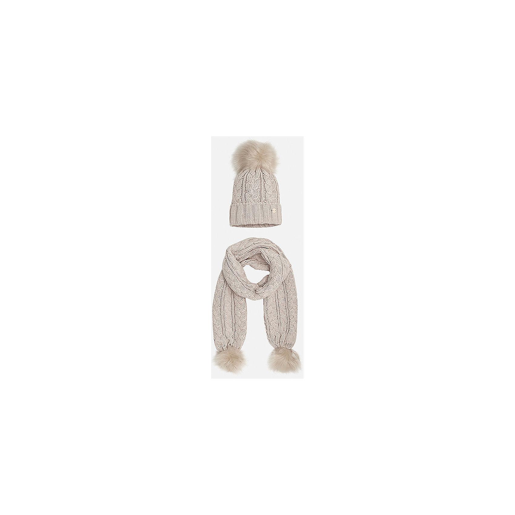 Комплект:шапка и шарф для девочки MayoralШарфы, платки<br>Комплект: шапка и шарф для девочки Mayoral от известного испанского бренда Mayoral. Вязаный комплект выполнен из акриловой пряжи, которая обладает мягкостью, высокой износоустойчивостью. Вязаные издели из акрила хорошо держат форму, не изменяют цвет во время стирки или химчистки. Комплект состоит из шапки и шарфа, связанных узором косы. Шапка имеет классическую форму, с отворотом  из вязанной резинки, сверху имеется меховой помпон в тон шапки, края шарфа также оформлены меховыми помпонами. <br><br>Дополнительная информация:<br><br>- Предназначение: повседневная одежда<br>- Комплектация: шапка, шарф<br>- Цвет: песочный<br>- Пол: для девочки<br>- Состав: 100% акрил<br>- Сезон: осень-зима-весна<br>- Особенности ухода: стирка при температуре 30 градусов, разрешается химическая чистка, глажение <br><br>Подробнее:<br><br>• Для детей в возрасте: от 8 лет и до 16 лет<br>• Страна производитель: Китай<br>• Торговый бренд: Mayoral<br><br>Комплект: шапка и шарф для девочки Mayoral (Майорал) можно купить в нашем интернет-магазине.<br><br>Ширина мм: 89<br>Глубина мм: 117<br>Высота мм: 44<br>Вес г: 155<br>Цвет: бежевый<br>Возраст от месяцев: 84<br>Возраст до месяцев: 96<br>Пол: Женский<br>Возраст: Детский<br>Размер: 56,58,54<br>SKU: 4867444